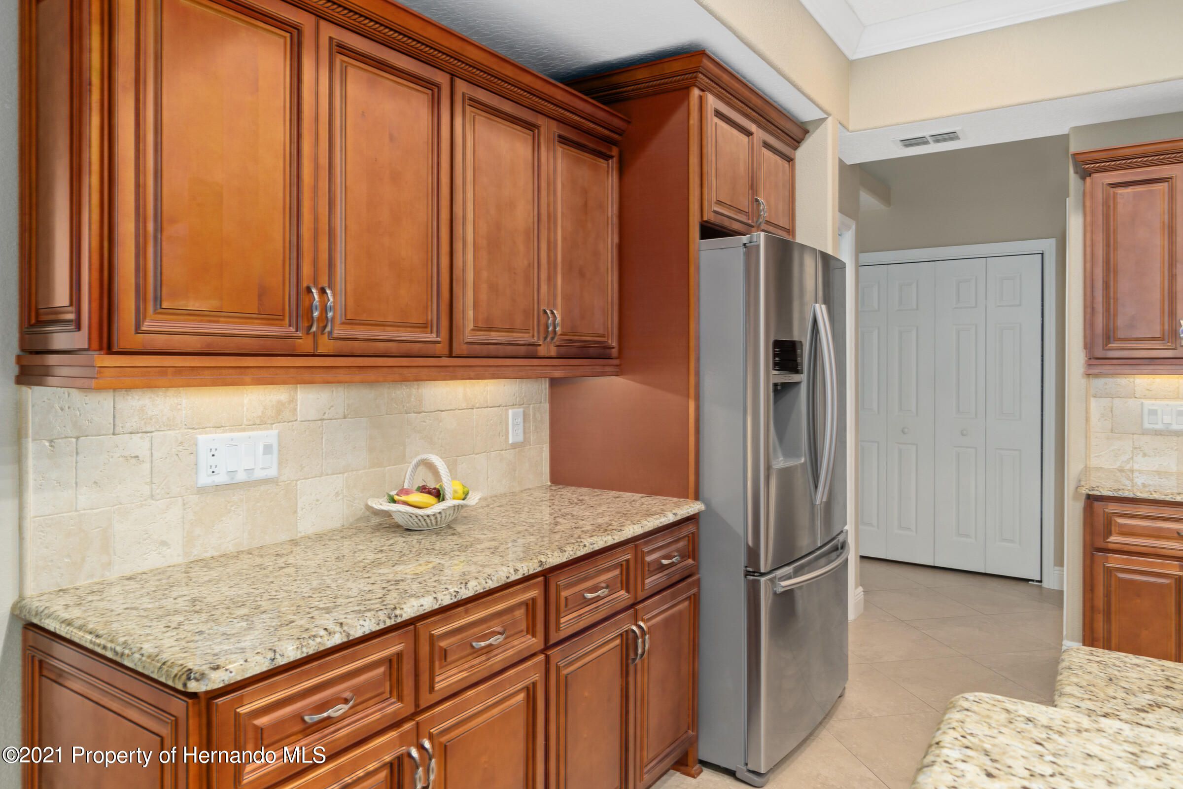 Listing photo id 21 for 3449 Conifer Loop