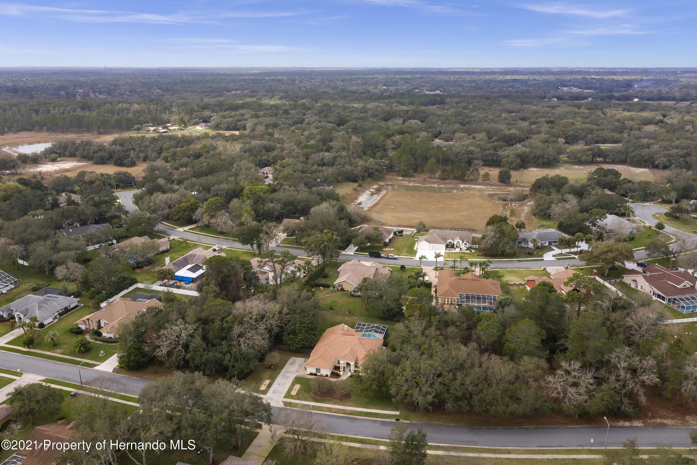 Image 5 For 18249 Winding Oaks Boulevard