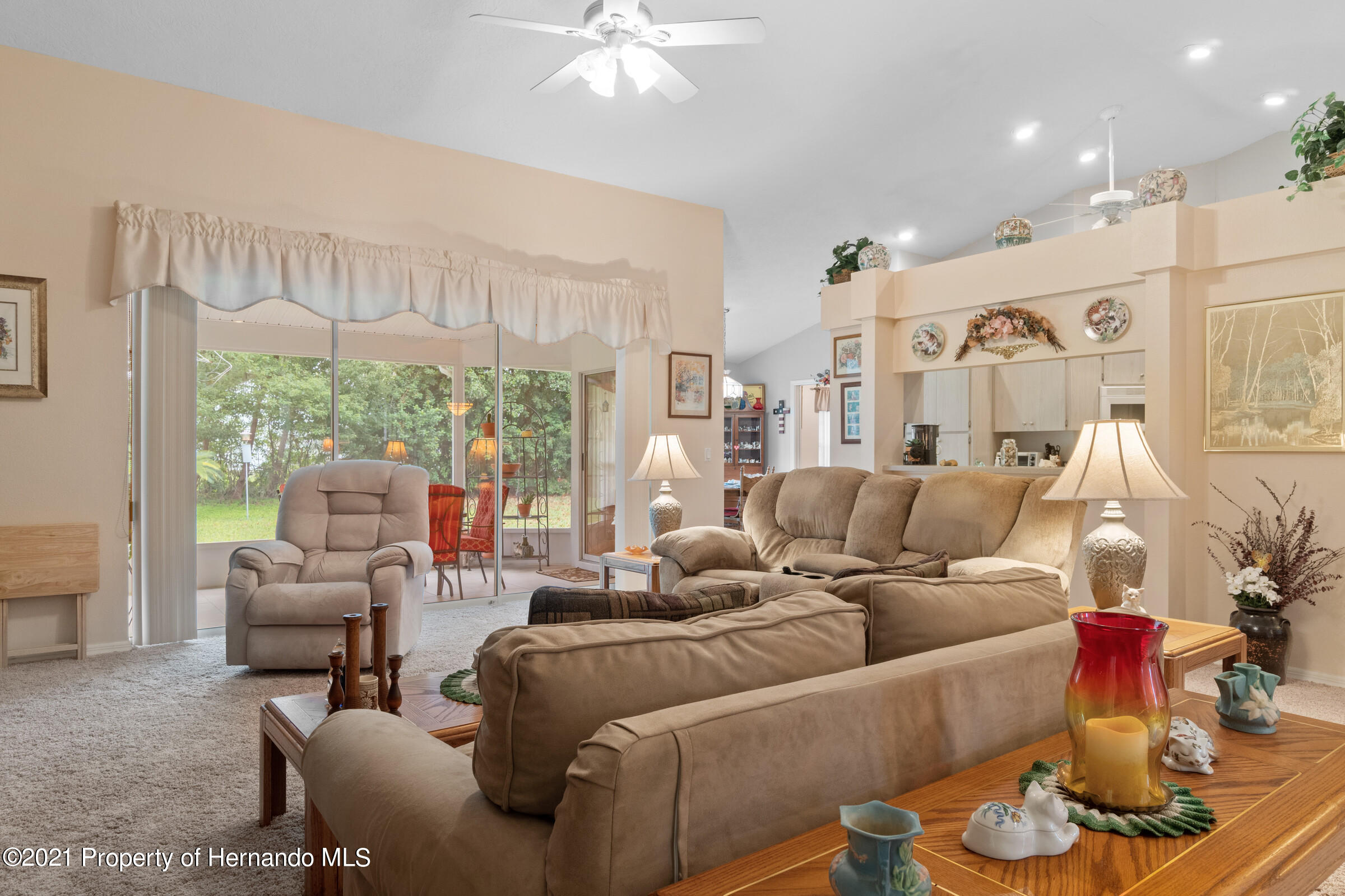 Listing photo id 12 for 24 Linder Circle