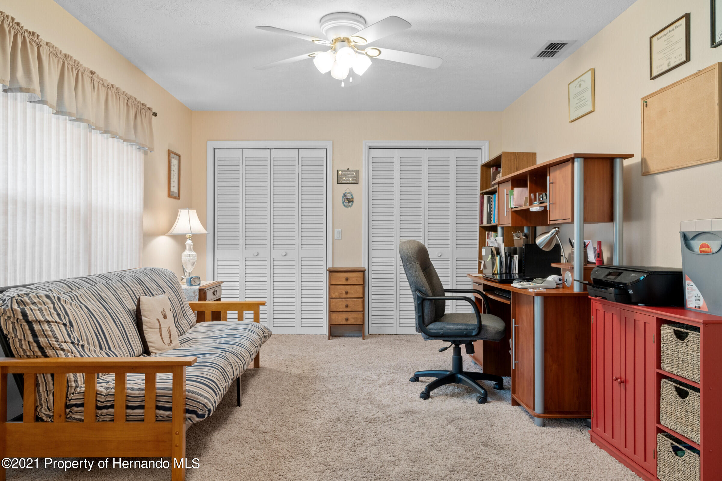 Listing photo id 21 for 24 Linder Circle