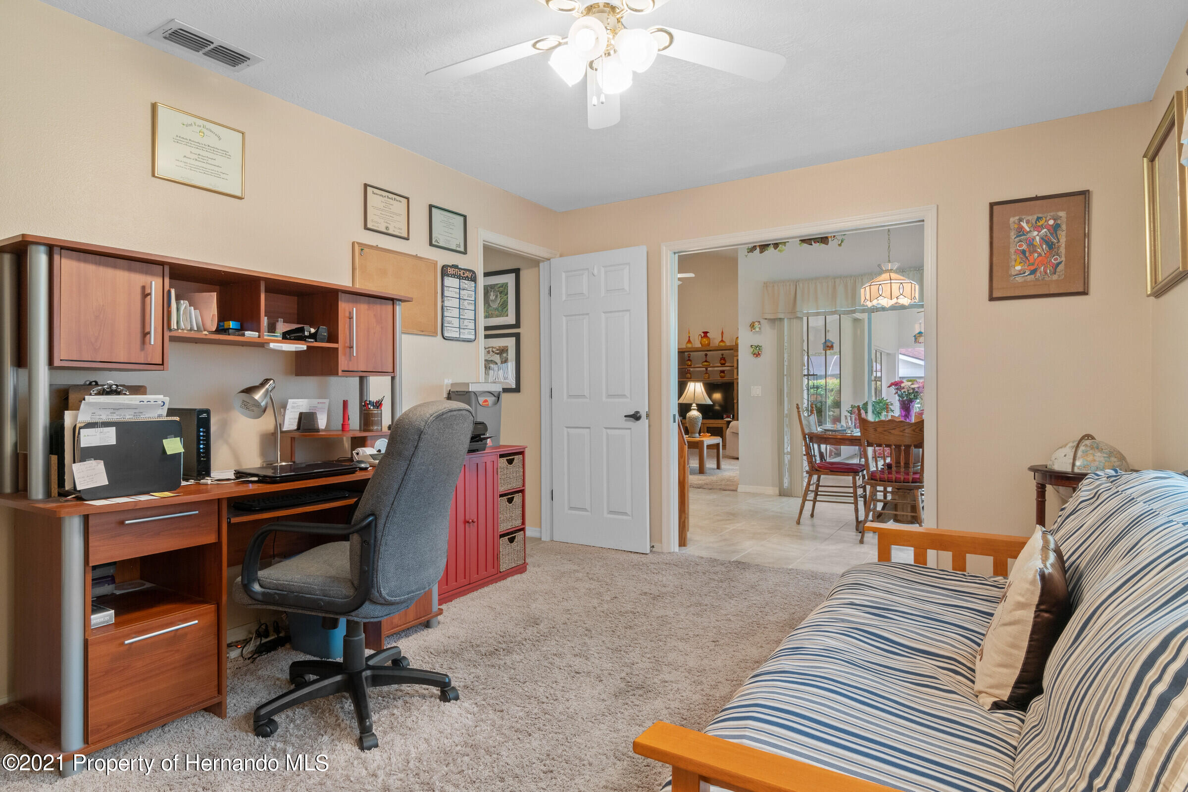 Listing photo id 22 for 24 Linder Circle