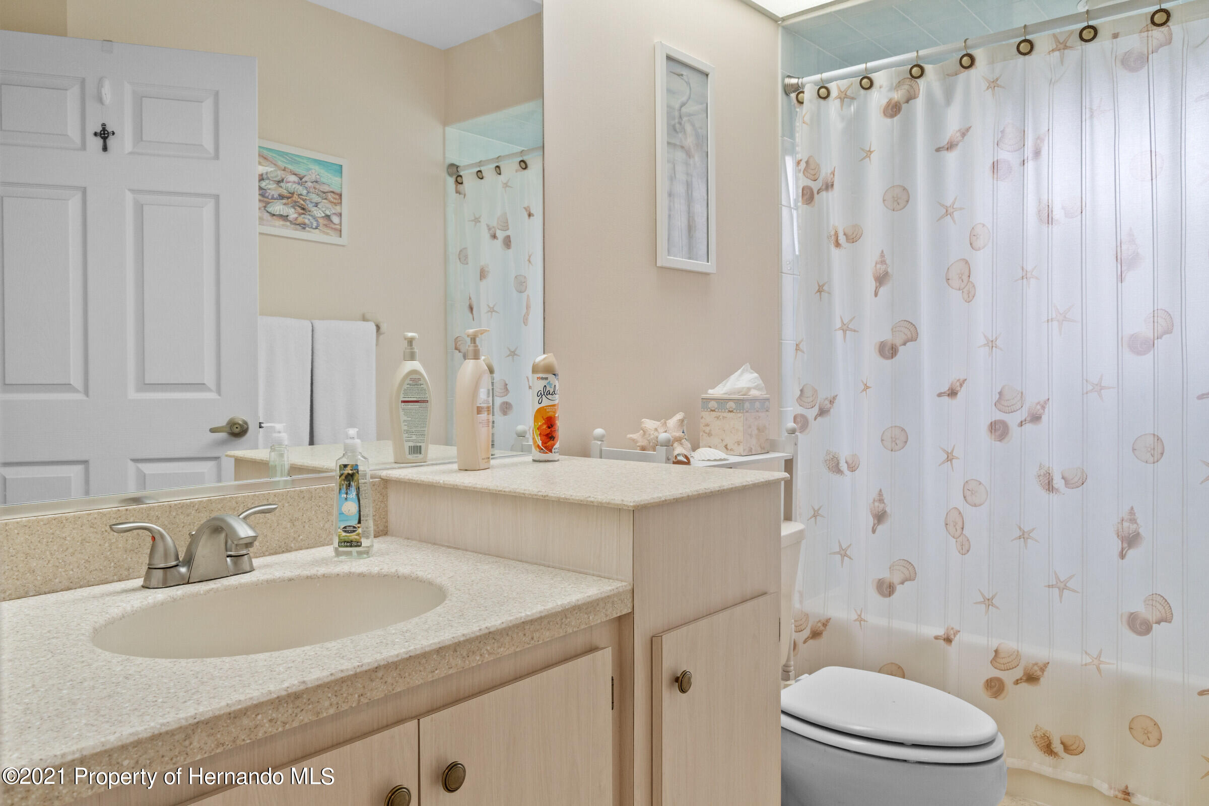 Listing photo id 24 for 24 Linder Circle