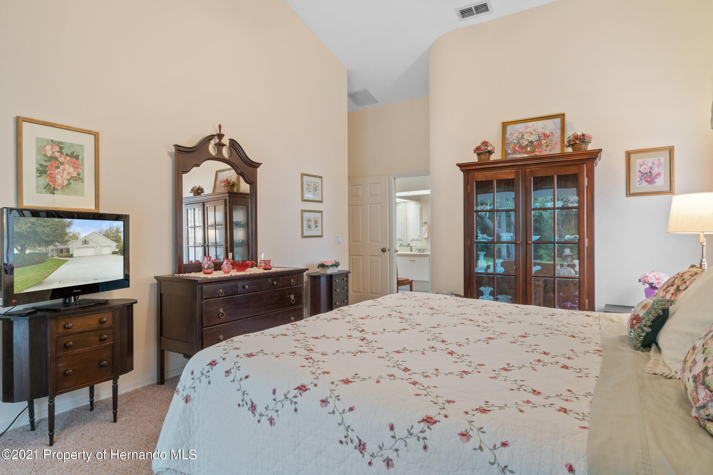 Listing photo id 30 for 24 Linder Circle