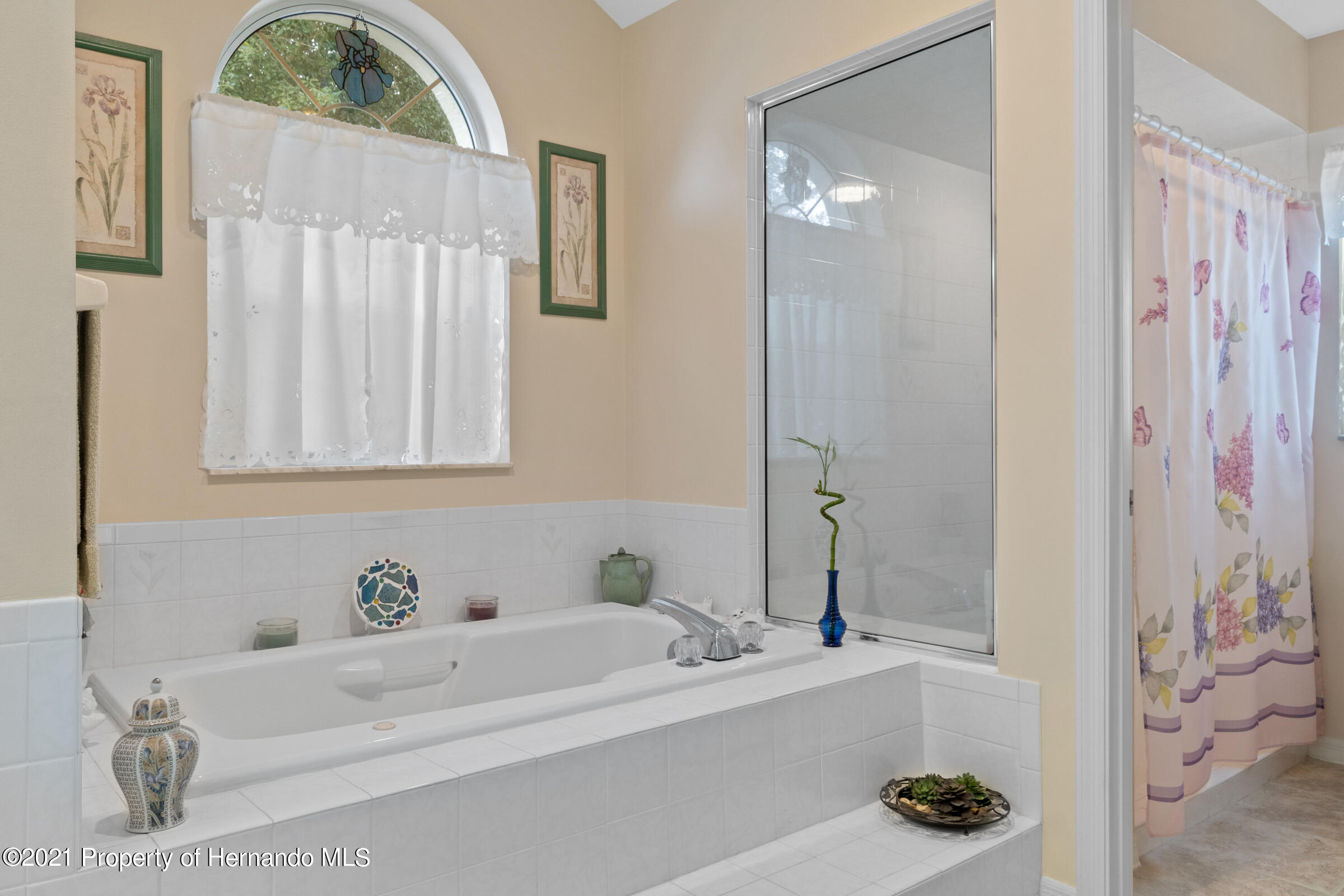 Listing photo id 32 for 24 Linder Circle