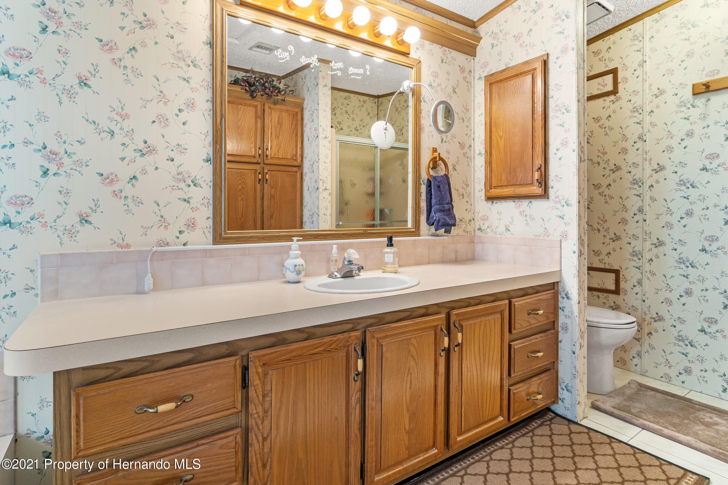 Listing photo id 20 for 9242 Denmarsh Drive