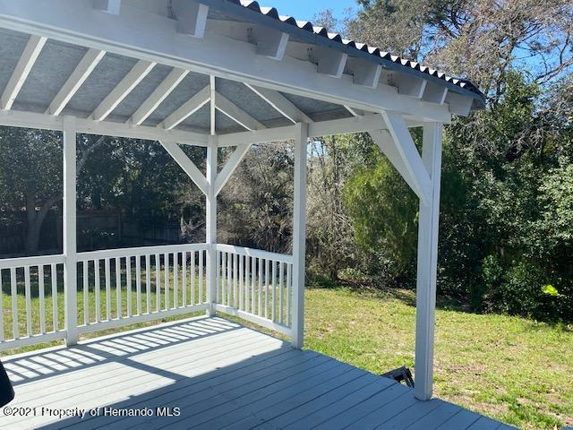 Listing photo id 27 for 2499 Keeport Drive