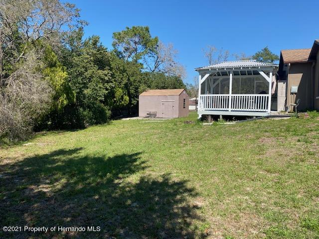 Listing photo id 30 for 2499 Keeport Drive