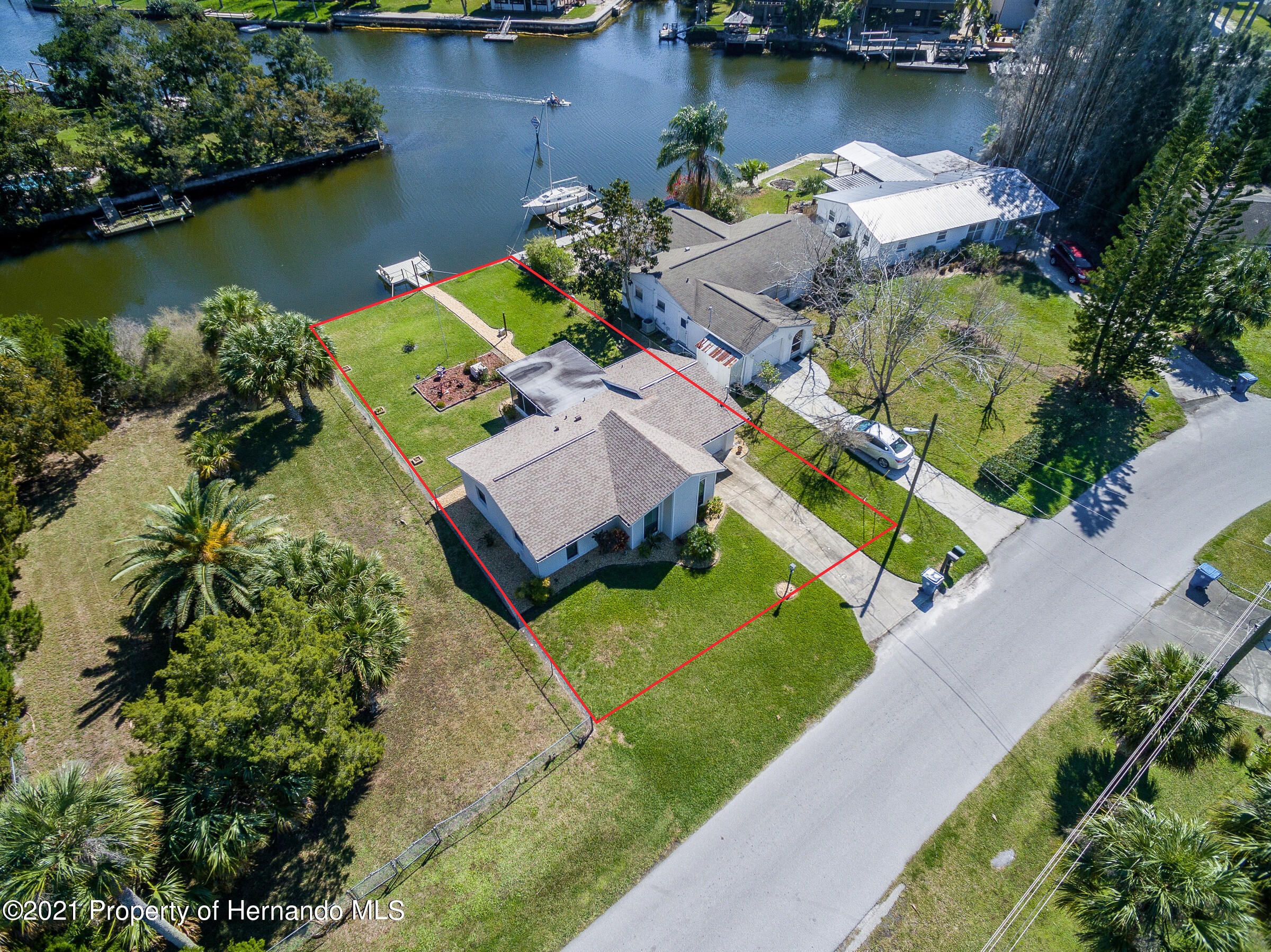 Listing photo id 24 for 3410 Minnow Creek Drive