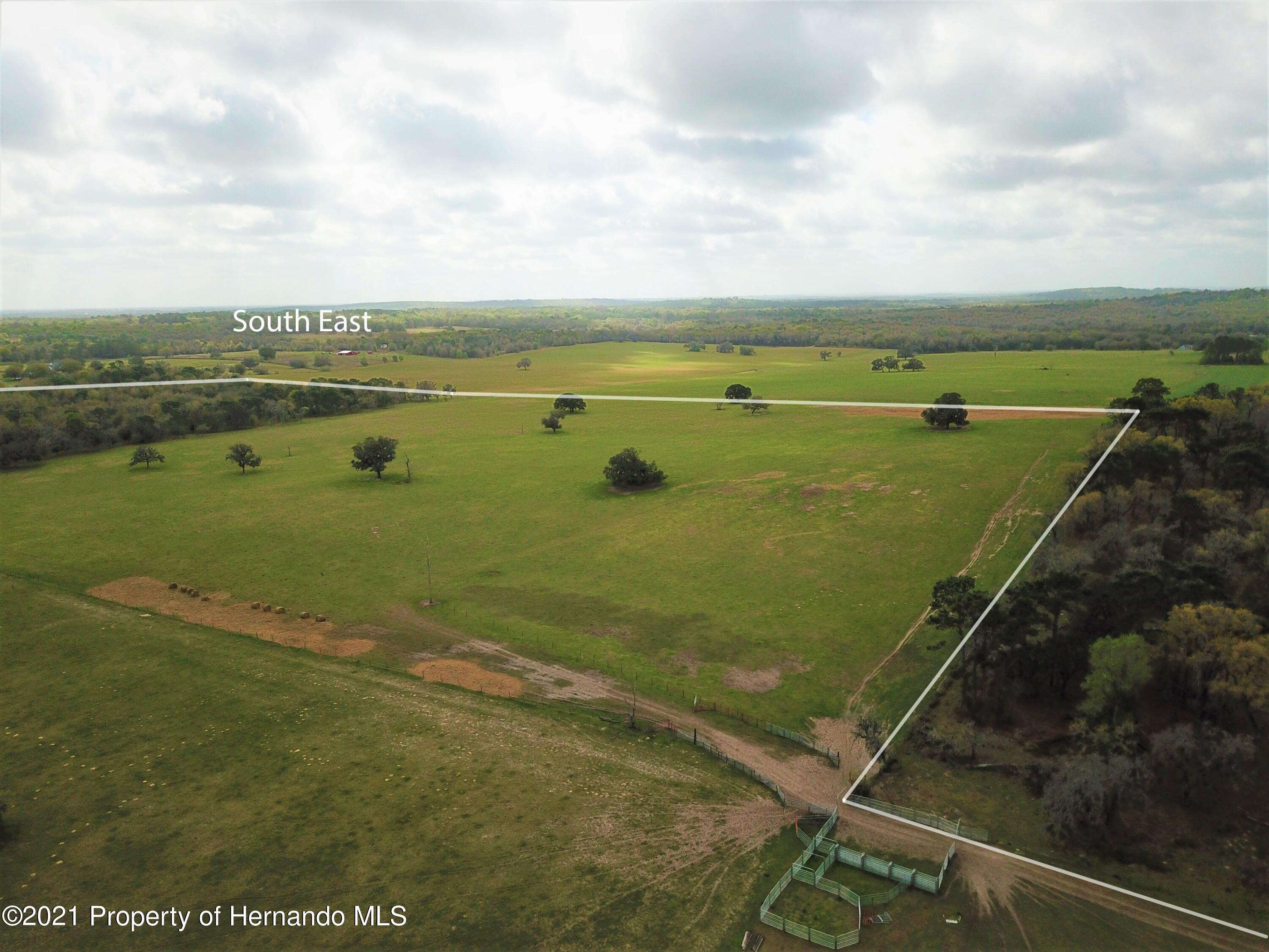 Listing photo id 3 for 12884 S Pleasant Grove Road