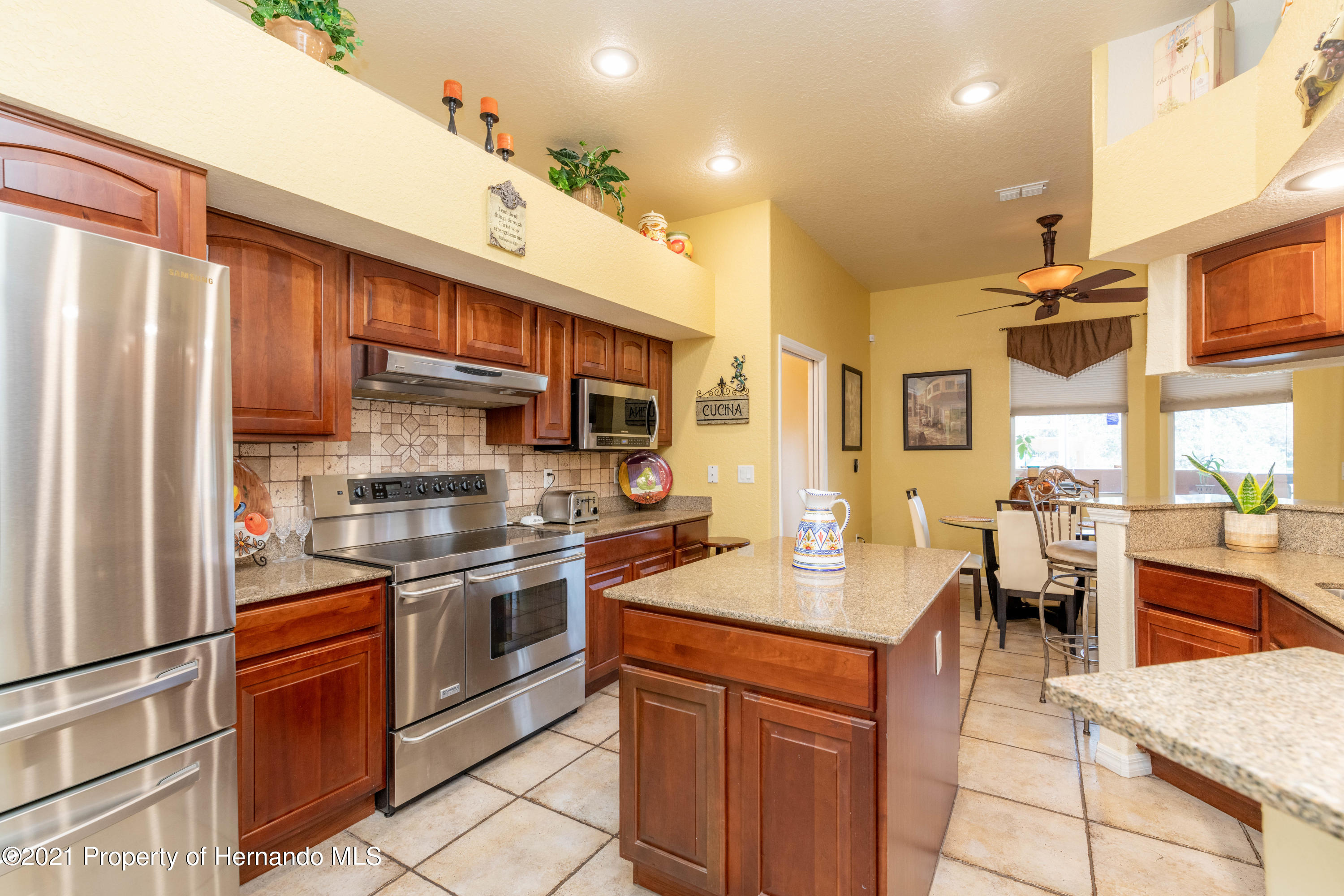 Image 11 For 6725 Freeport Drive