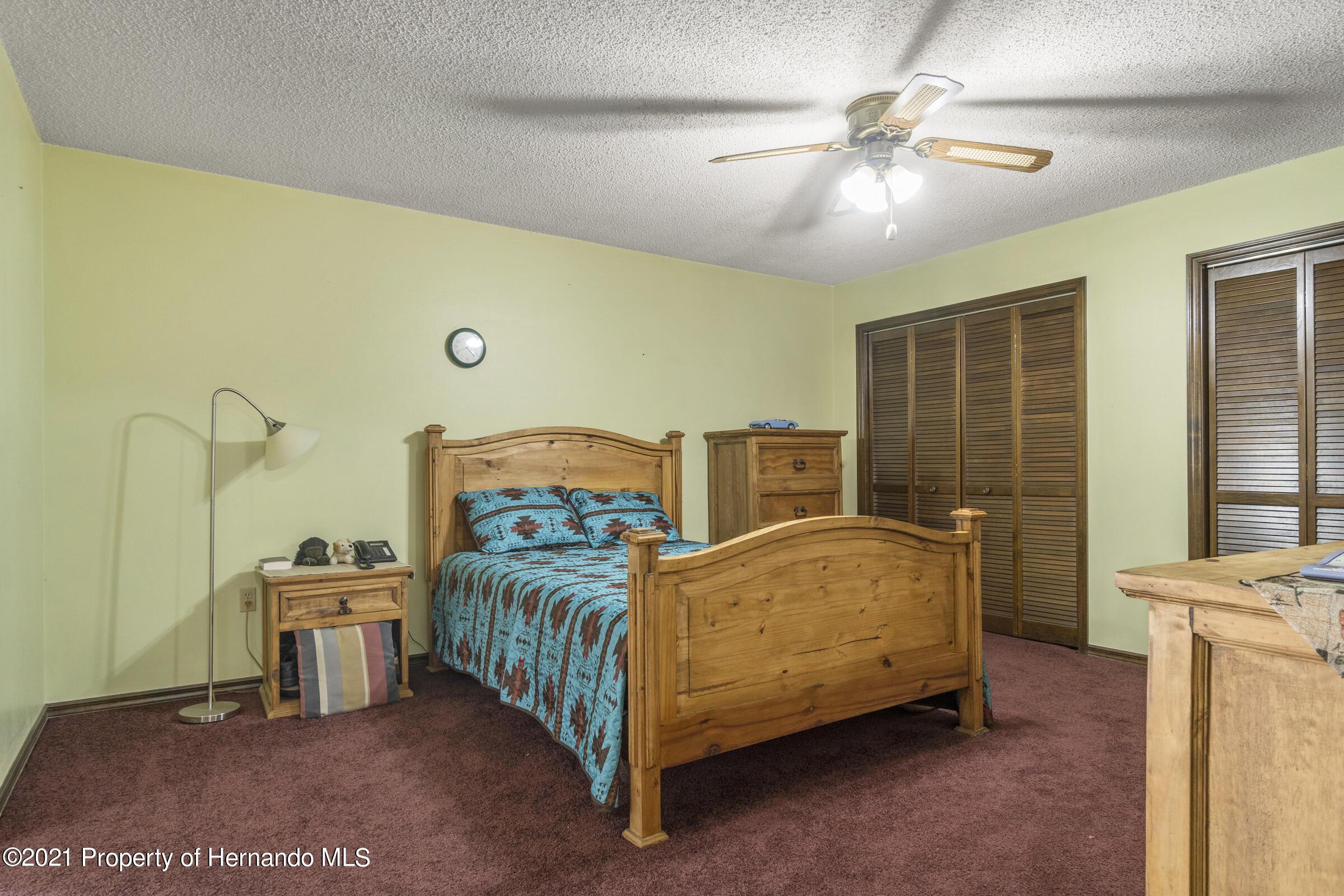 Listing photo id 18 for 2199 Deer Trail Lane