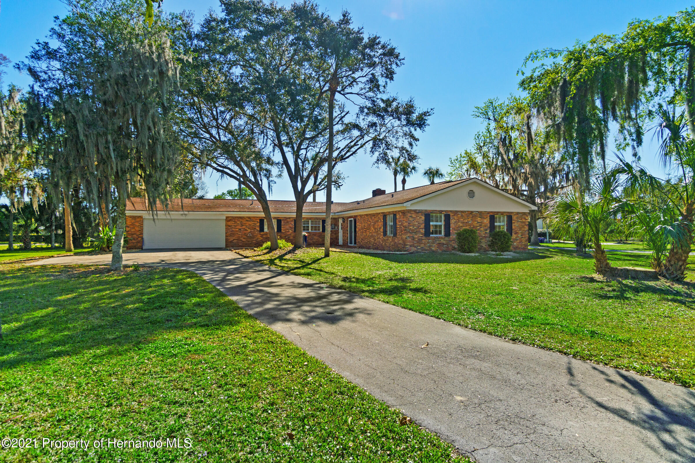 Listing photo id 10 for 520 Nw 7th Avenue
