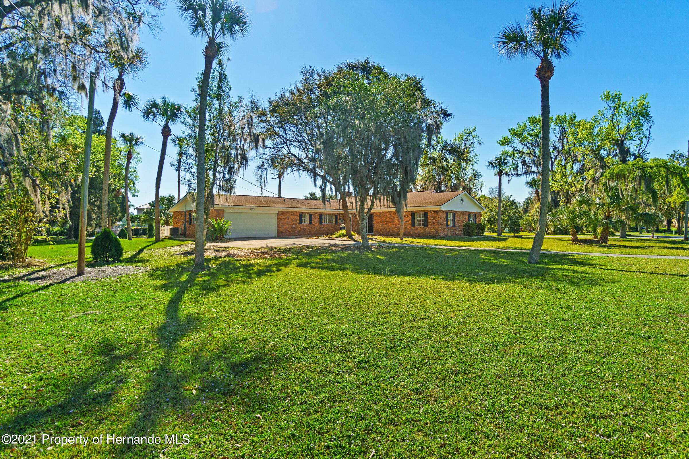 Listing photo id 11 for 520 Nw 7th Avenue