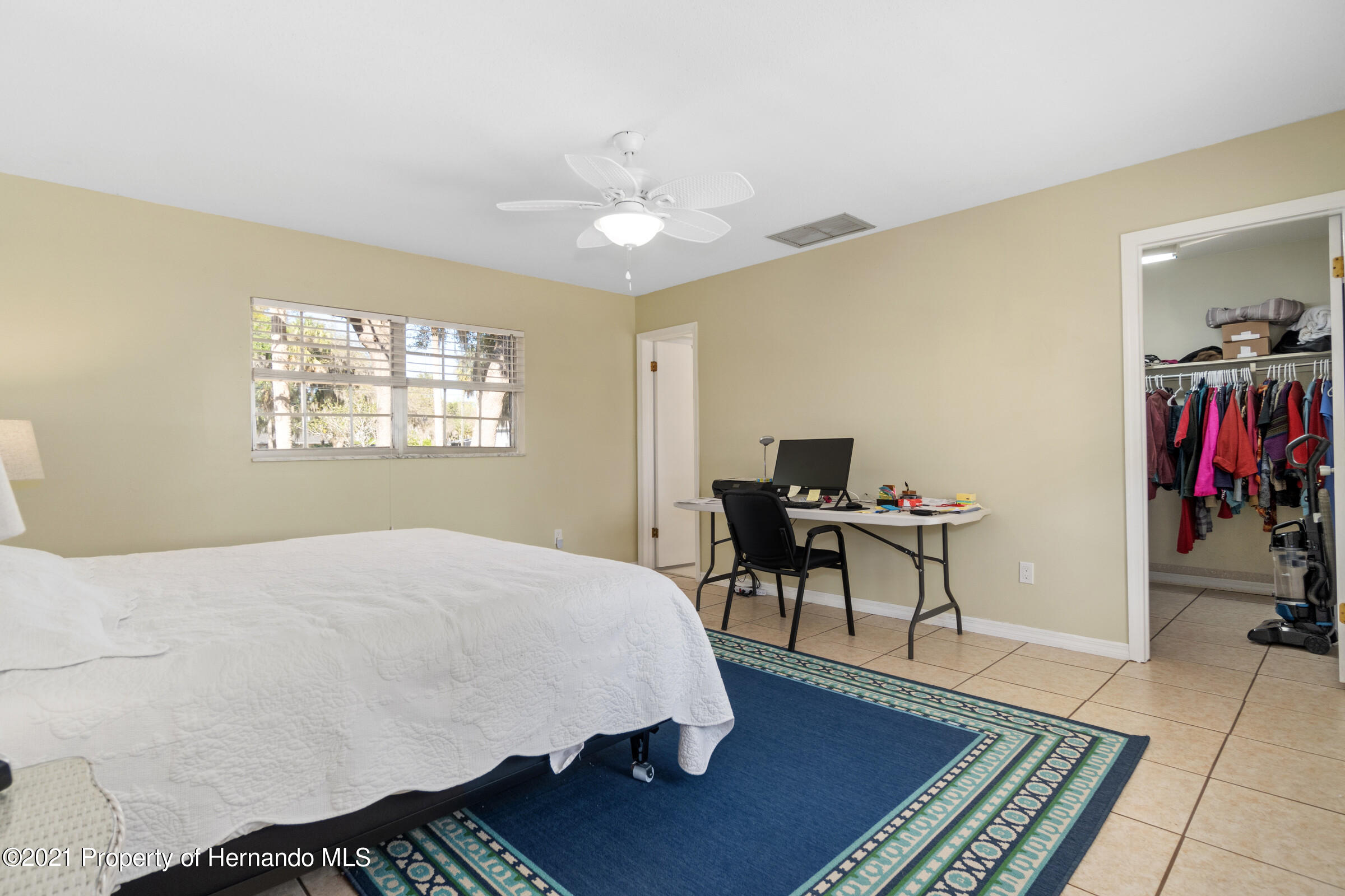 Listing photo id 26 for 520 Nw 7th Avenue