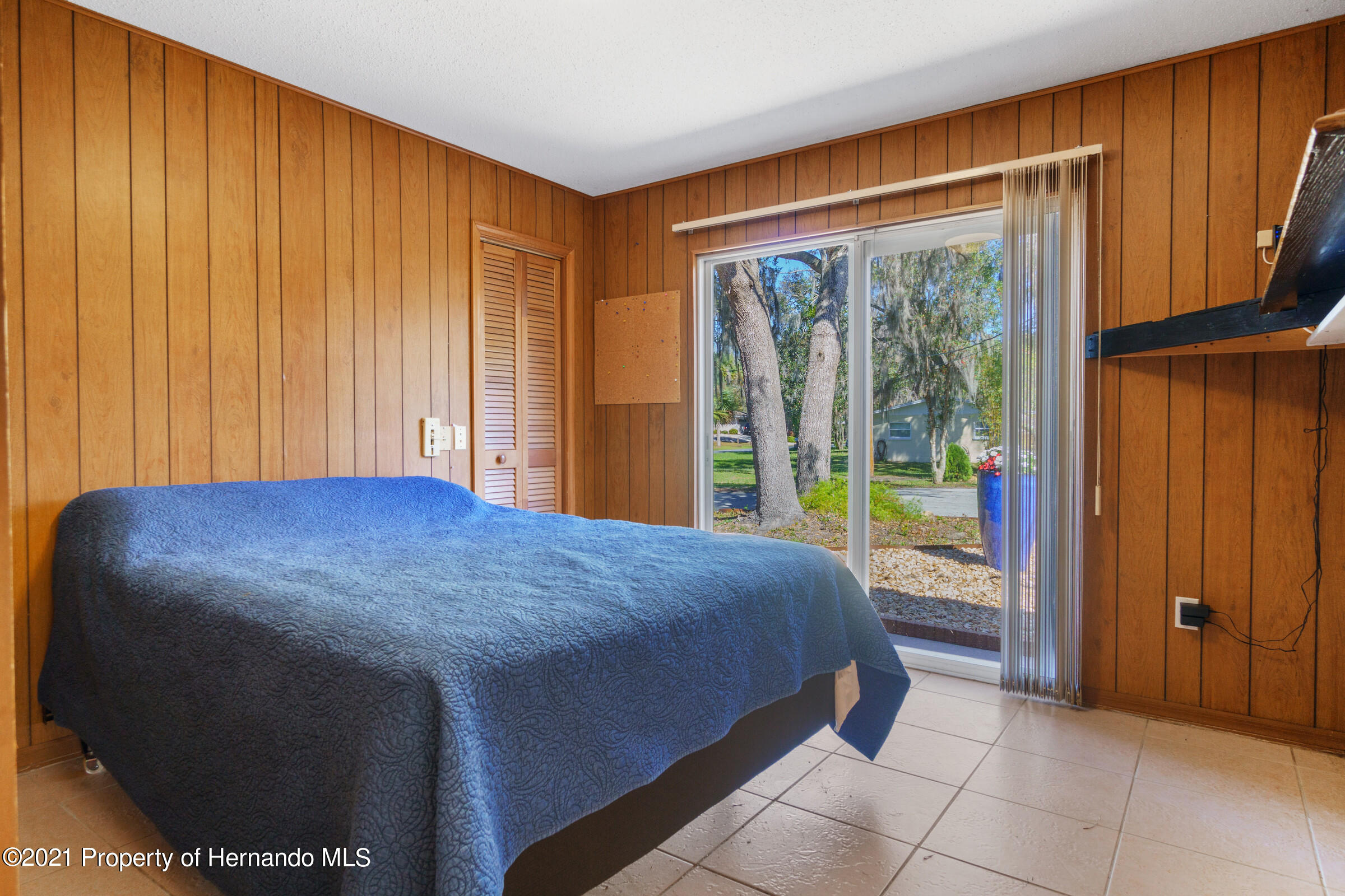 Listing photo id 29 for 520 Nw 7th Avenue