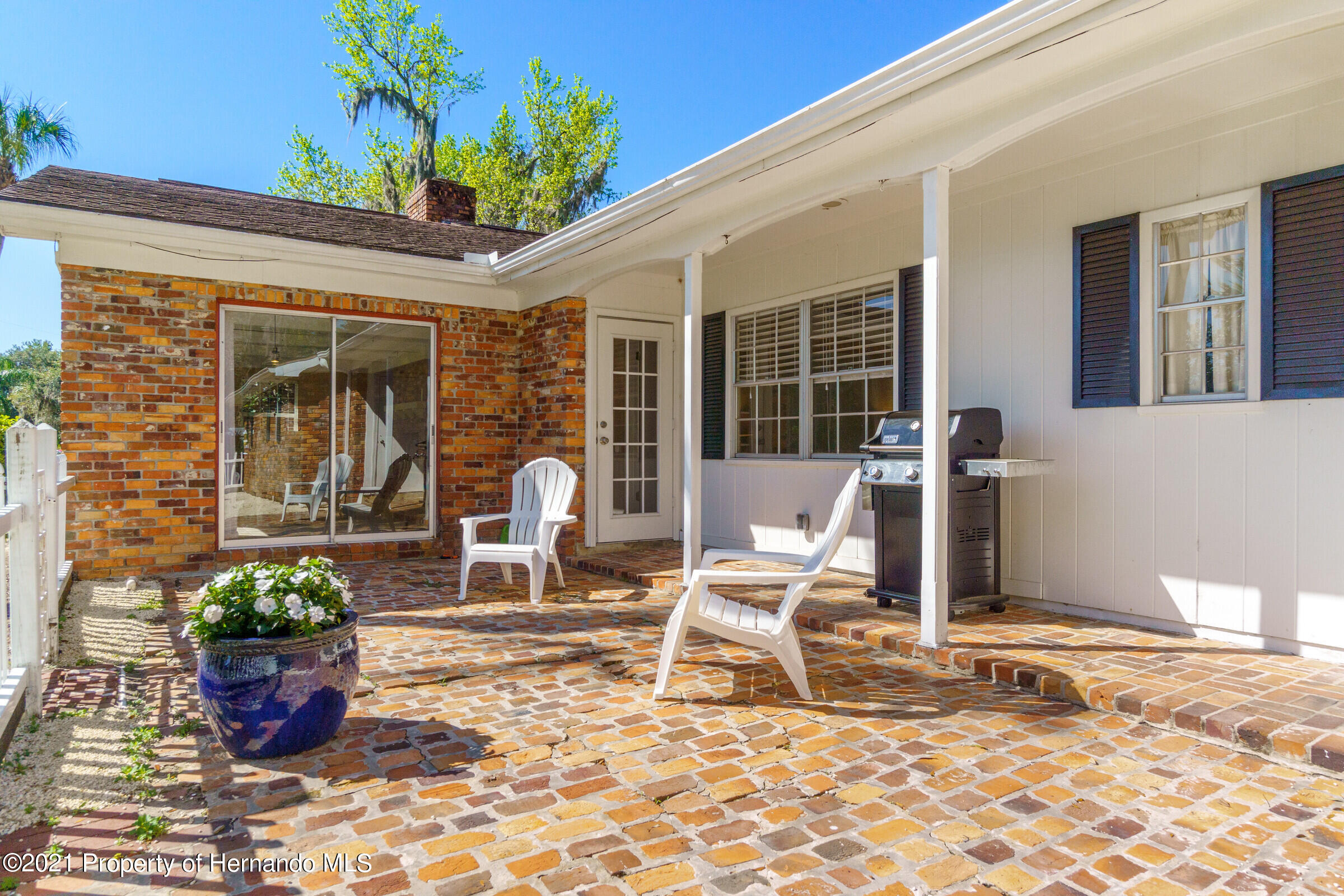 Listing photo id 37 for 520 Nw 7th Avenue