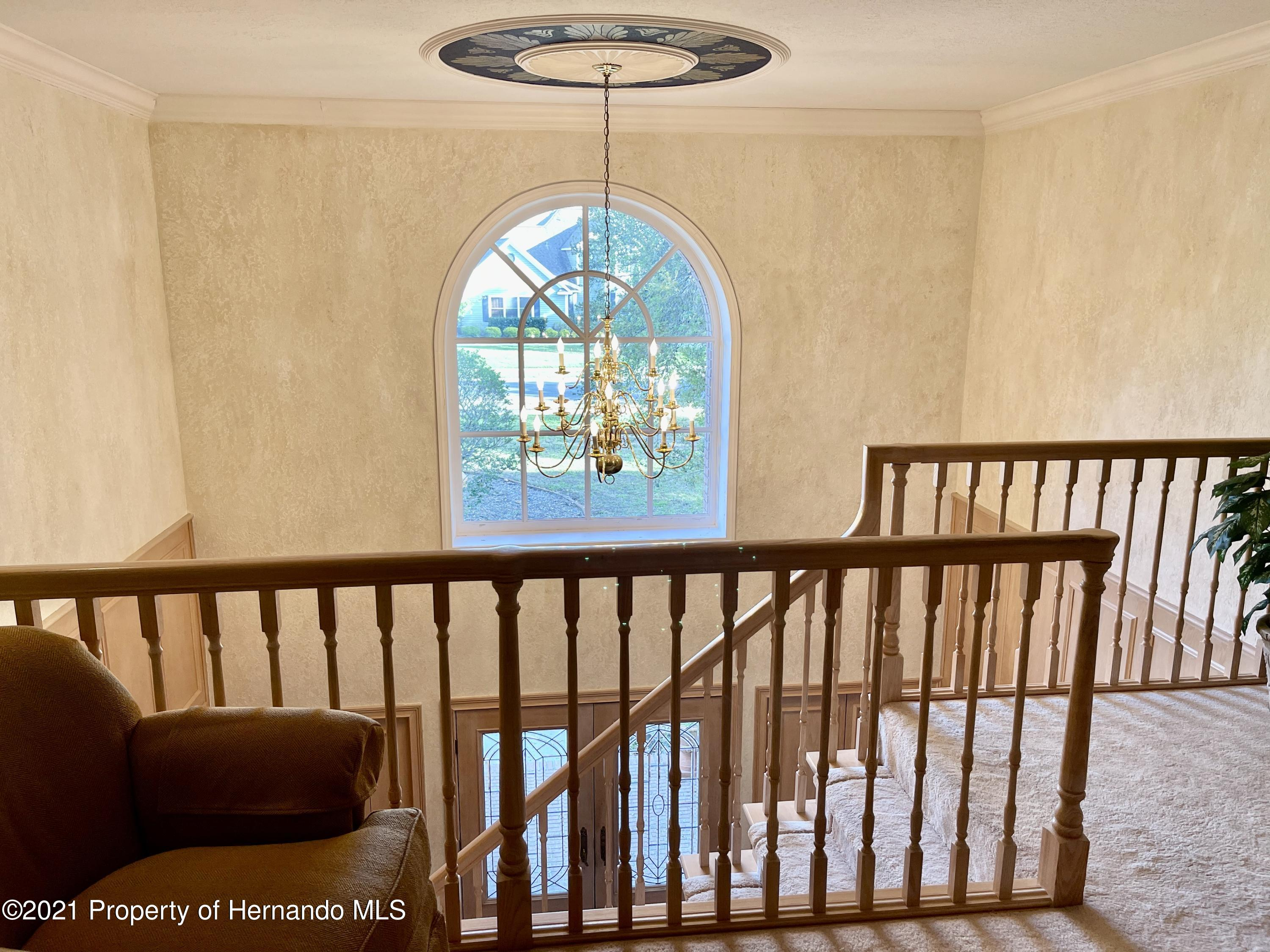 Listing photo id 33 for 6109 Waters Way