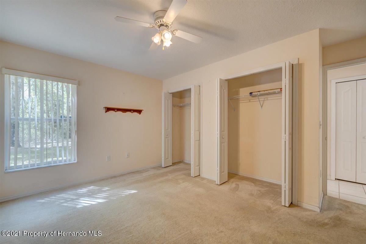 Listing photo id 37 for 12553 S Florida Avenue