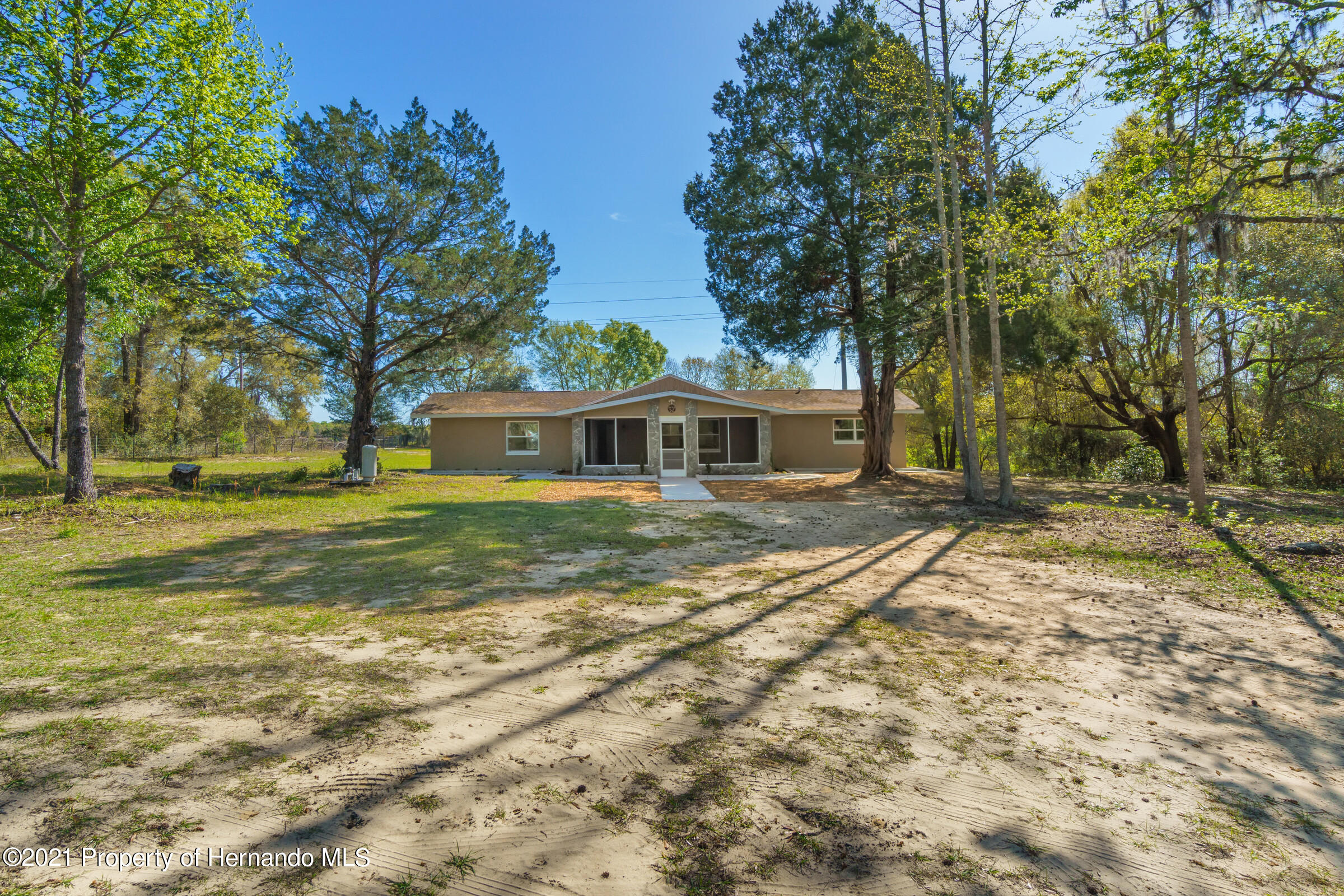 Listing photo id 3 for 11961 S. Oakview Ave. Avenue
