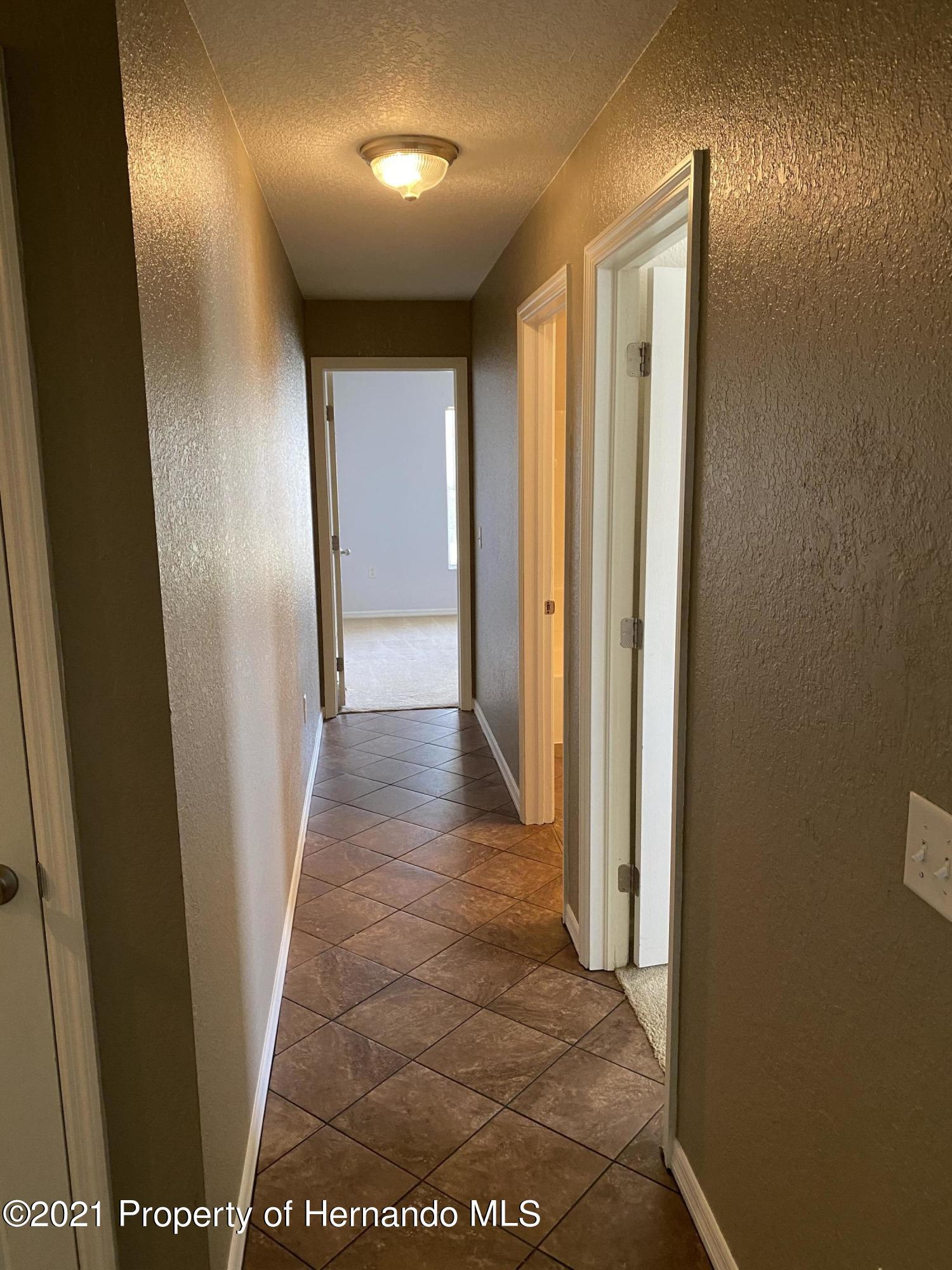 Listing photo id 21 for 13347 La Casita Avenue