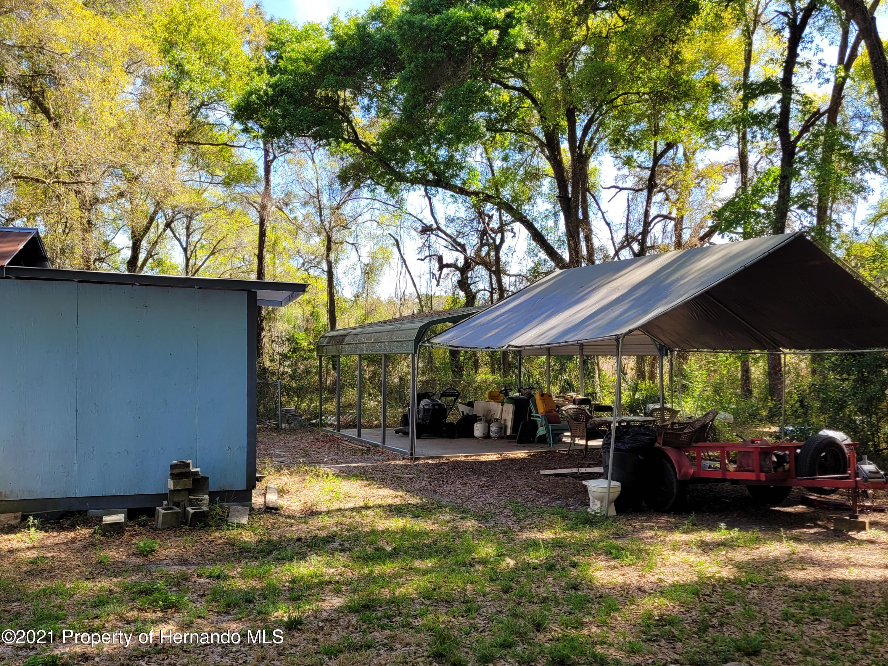 Listing photo id 6 for 17823 Caufield Road