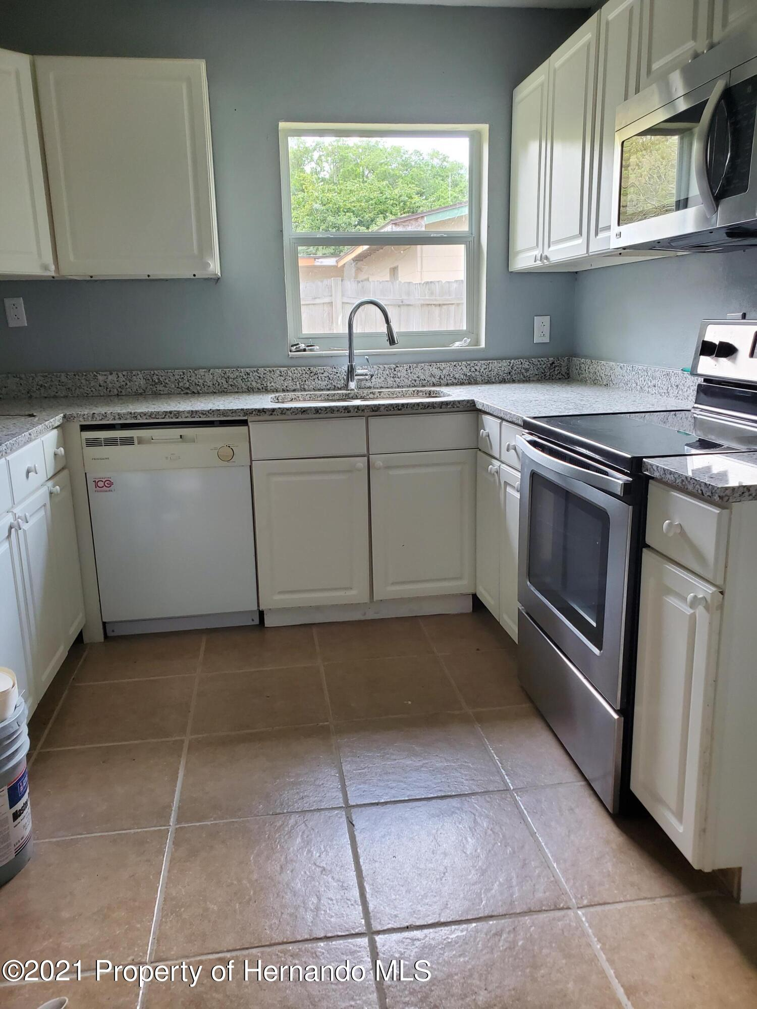 Listing photo id 2 for 21382 Truby Road