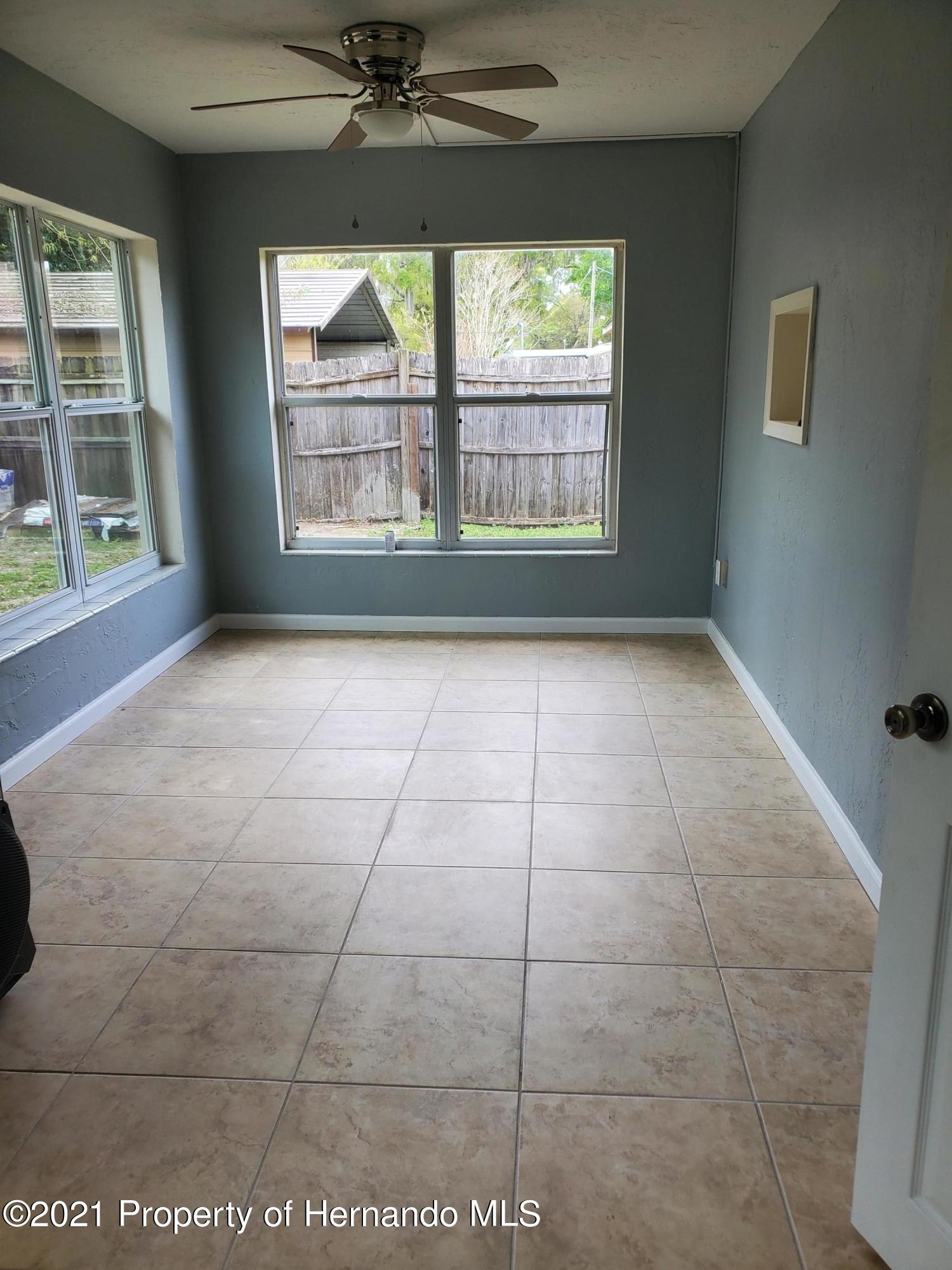 Listing photo id 9 for 21382 Truby Road