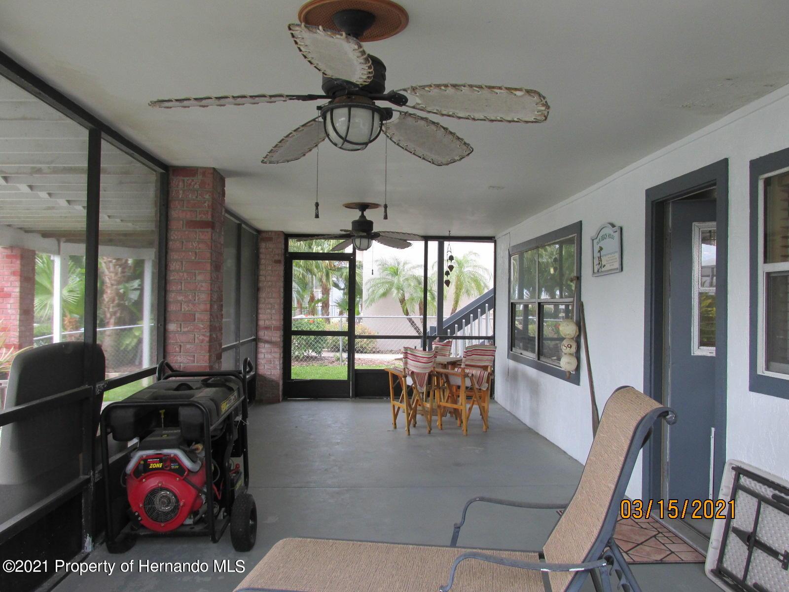 Listing photo id 44 for 4070 Gulf Coast Drive