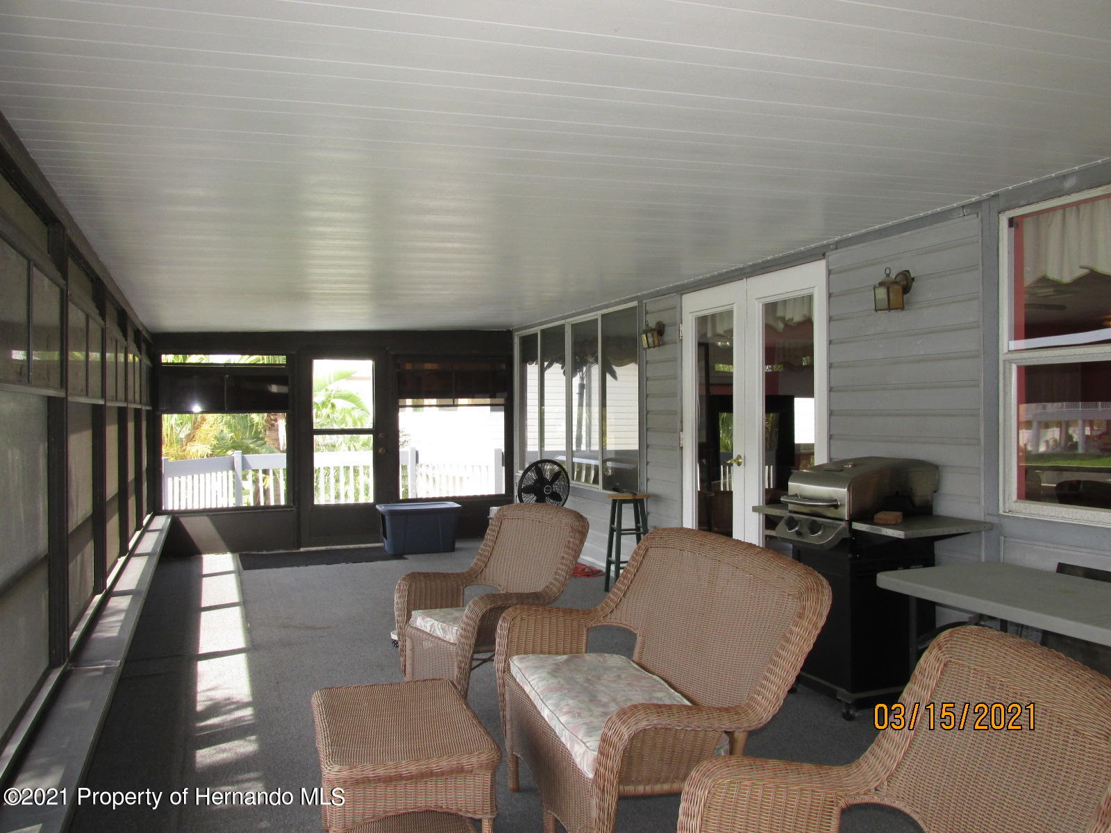 Listing photo id 41 for 4070 Gulf Coast Drive