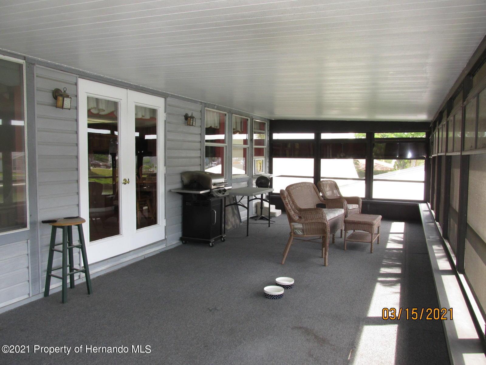 Listing photo id 42 for 4070 Gulf Coast Drive