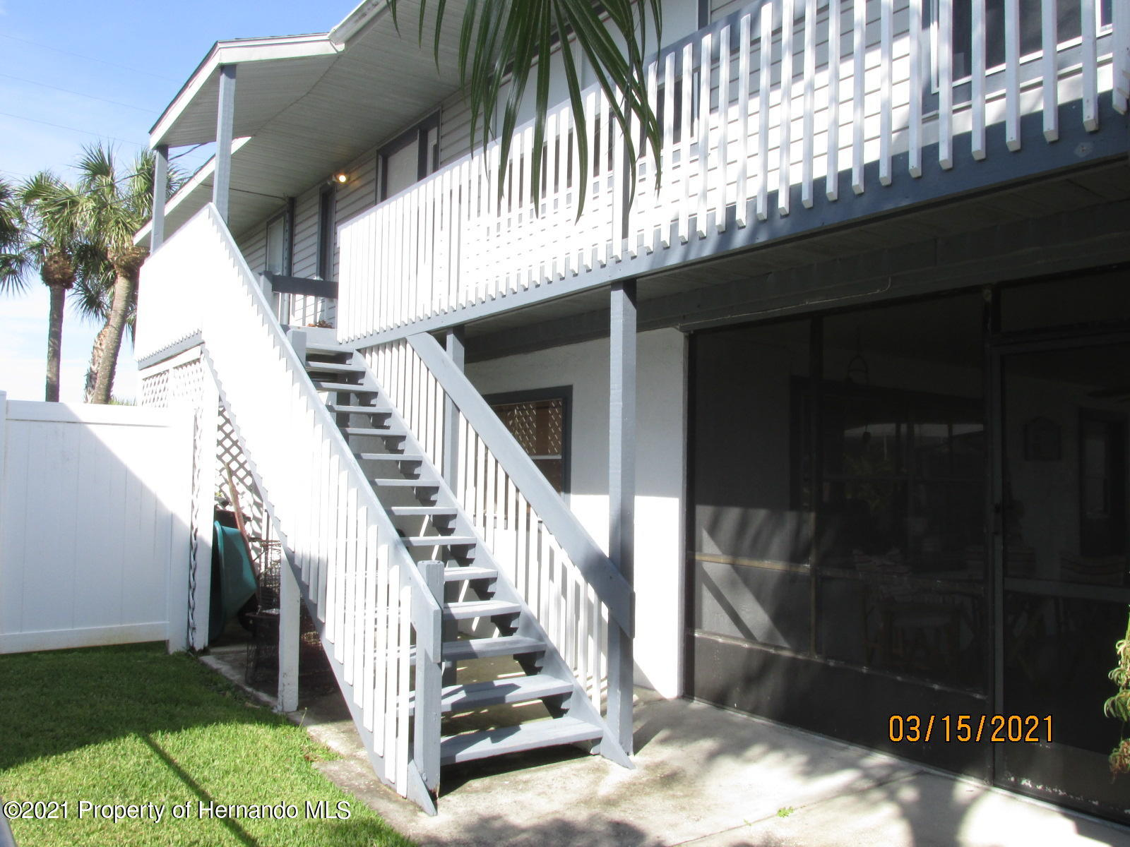 Listing photo id 19 for 4070 Gulf Coast Drive
