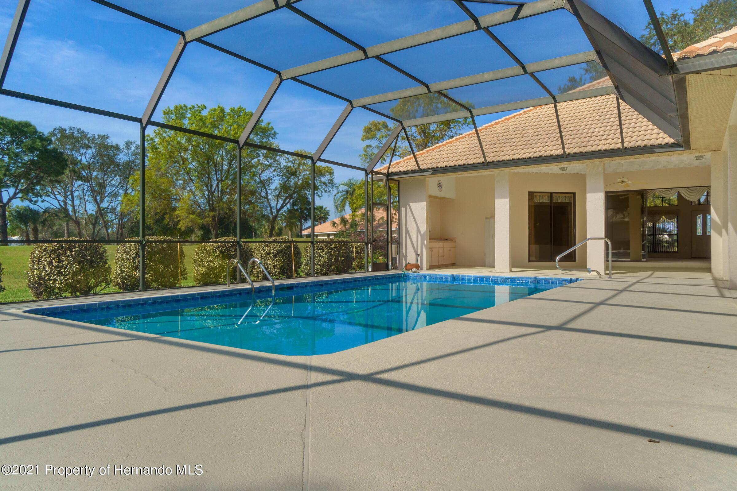 Image 39 For 10040 Twelve Oaks Court