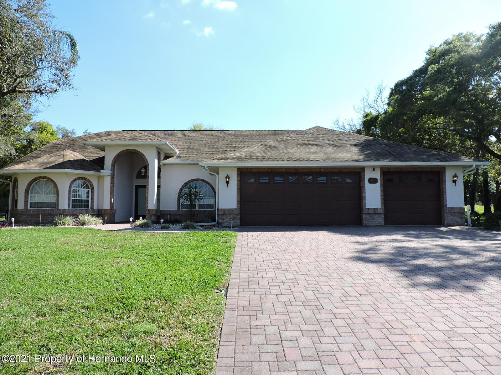 86 Forest Wood Court