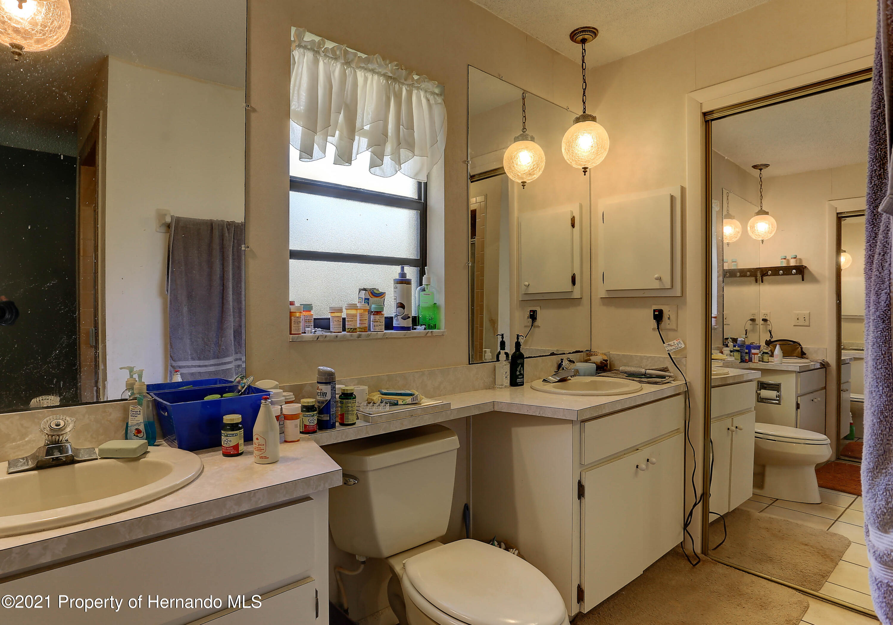 Listing photo id 21 for 20 Holly Court