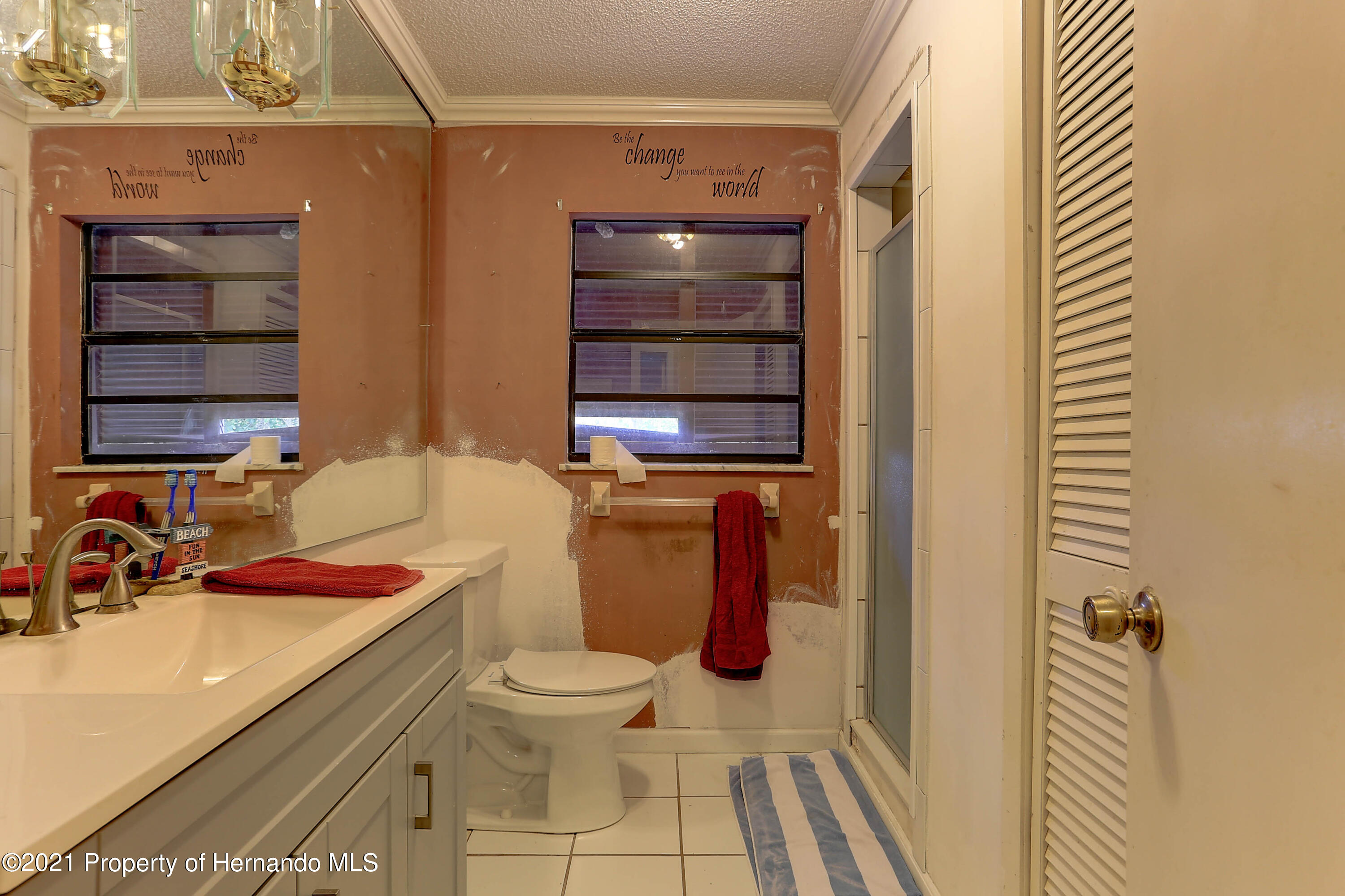 Listing photo id 29 for 20 Holly Court
