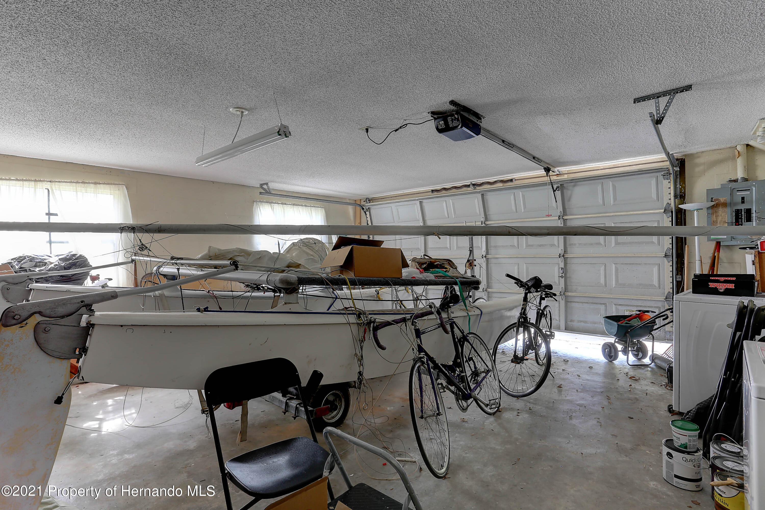 Listing photo id 30 for 20 Holly Court