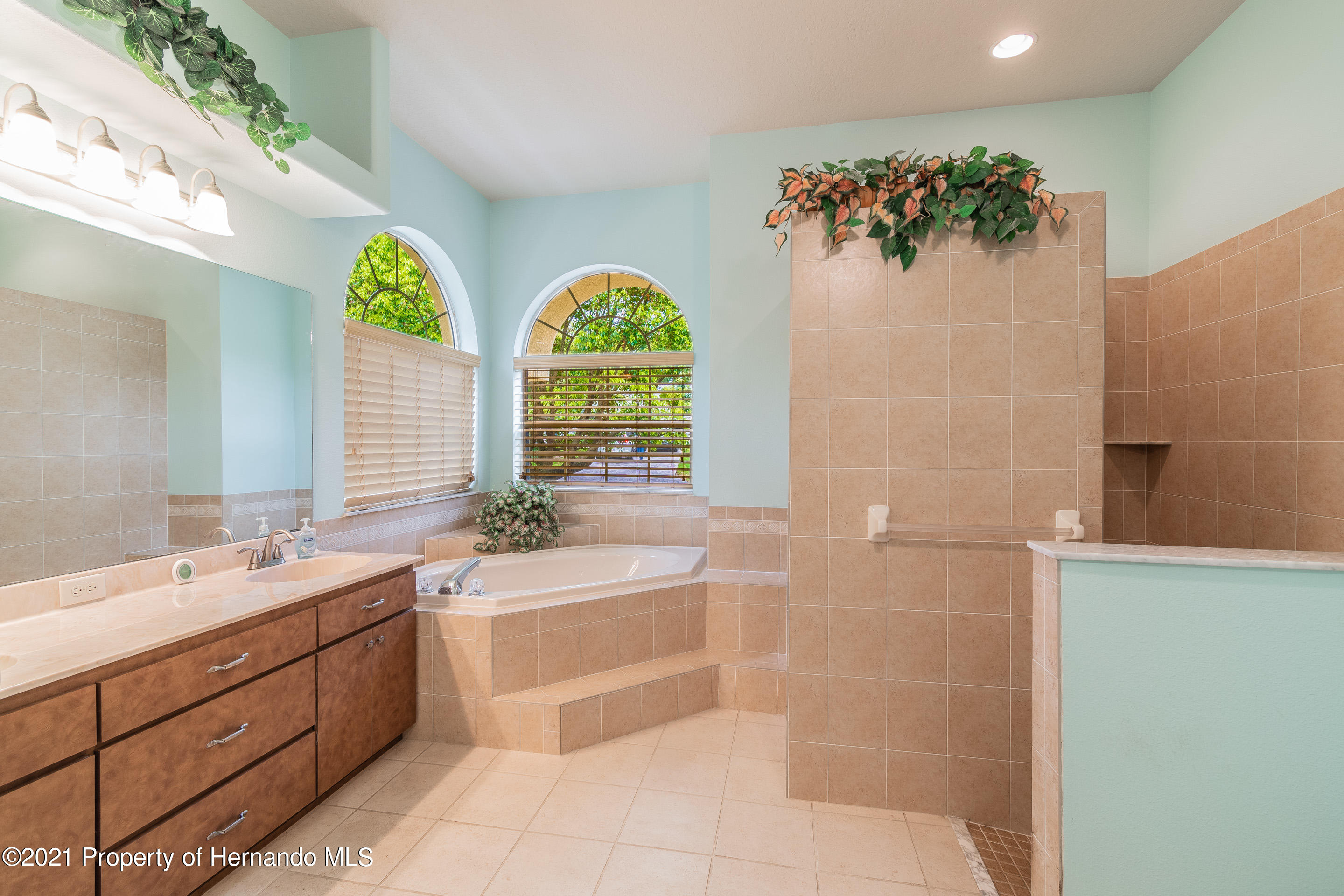 Listing photo id 15 for 23 Carnation Court