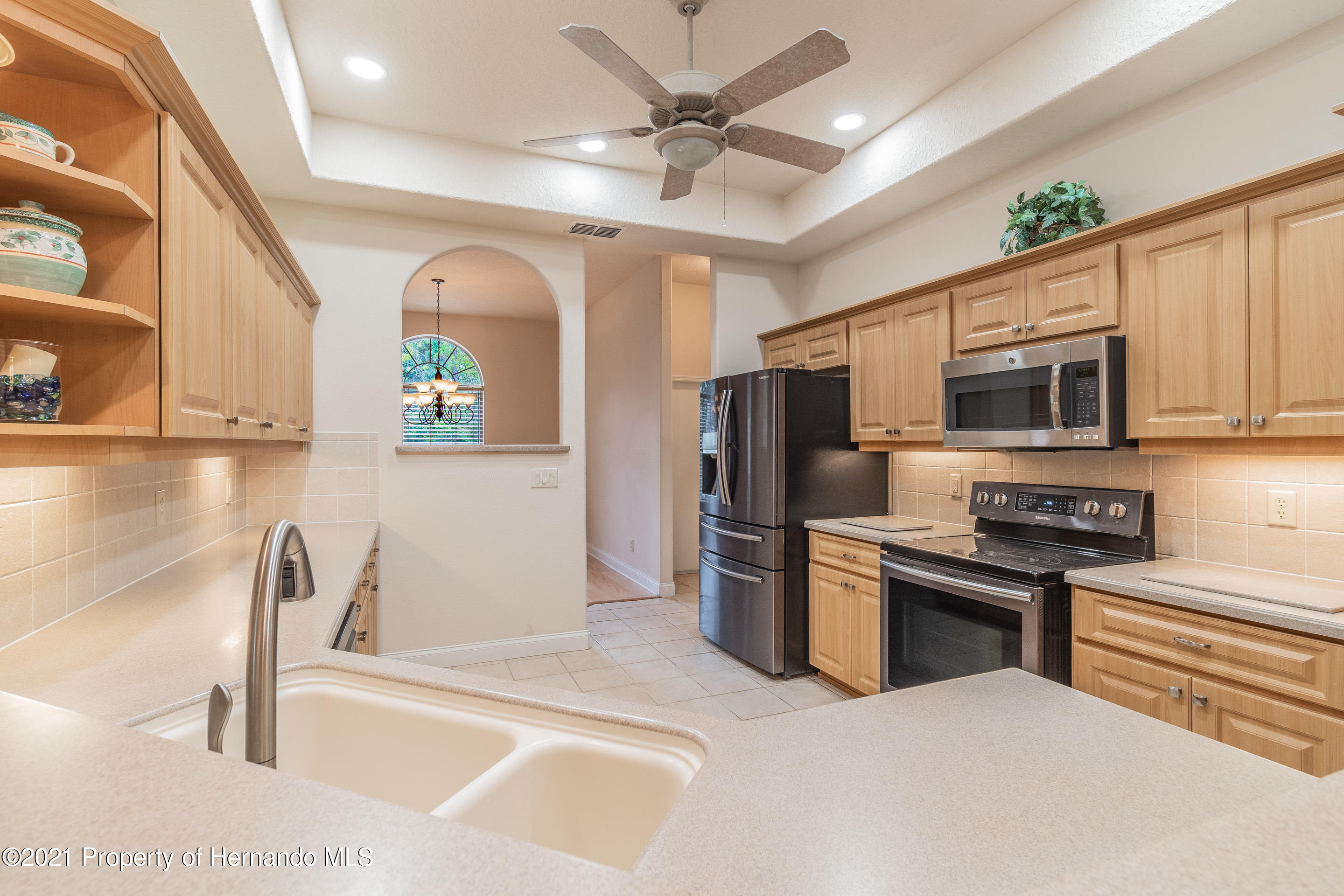 Listing photo id 16 for 23 Carnation Court