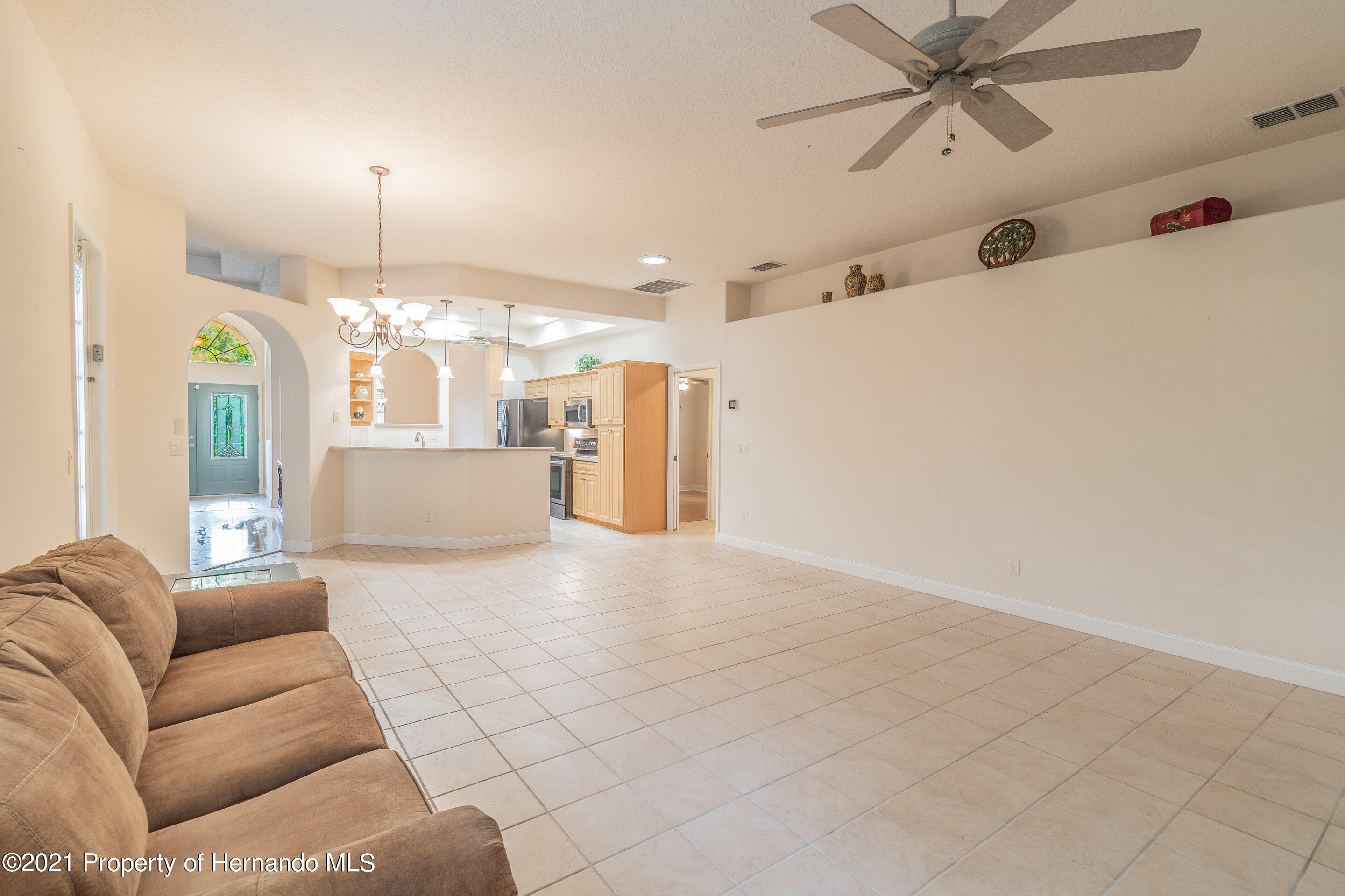 Listing photo id 19 for 23 Carnation Court