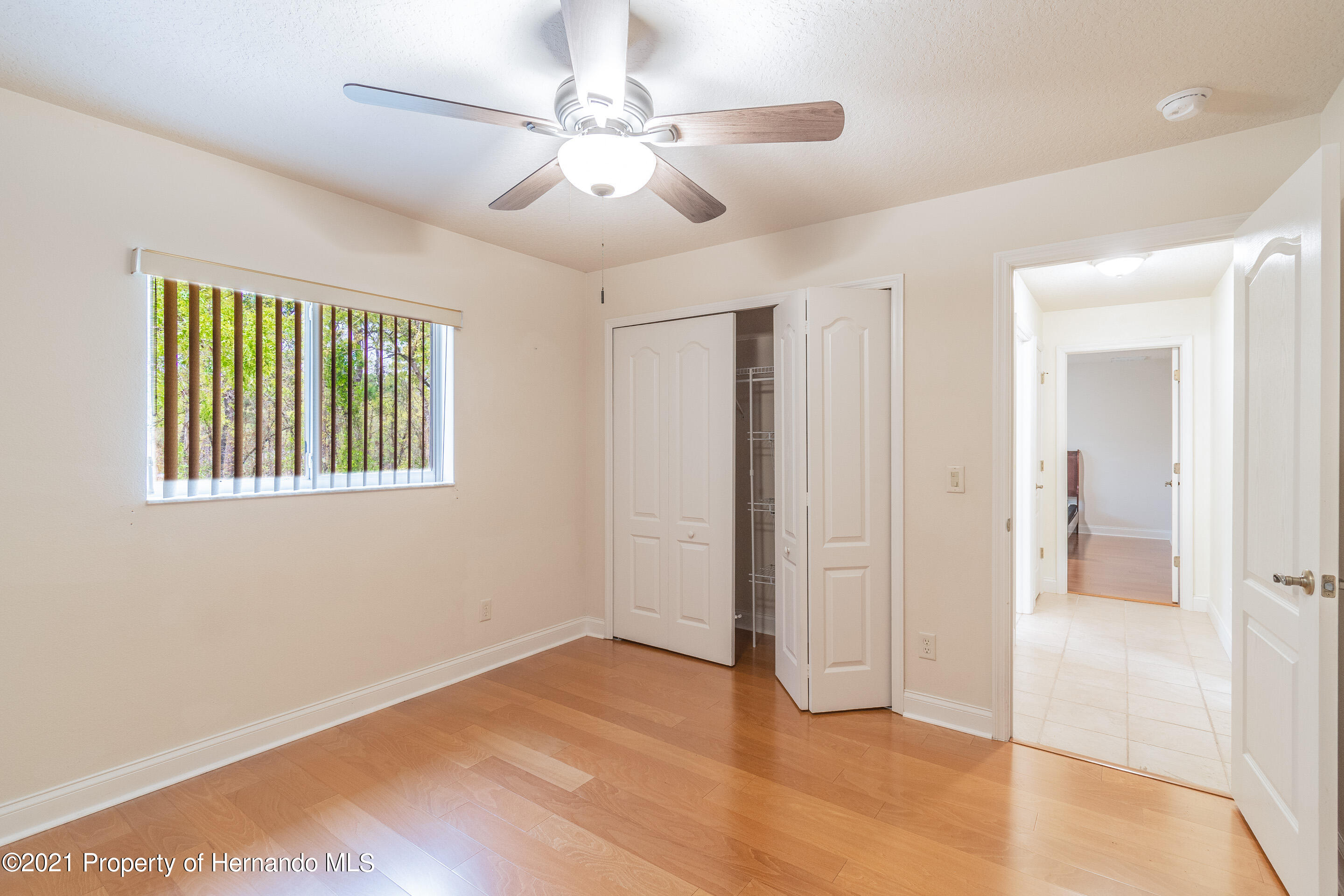 Listing photo id 21 for 23 Carnation Court