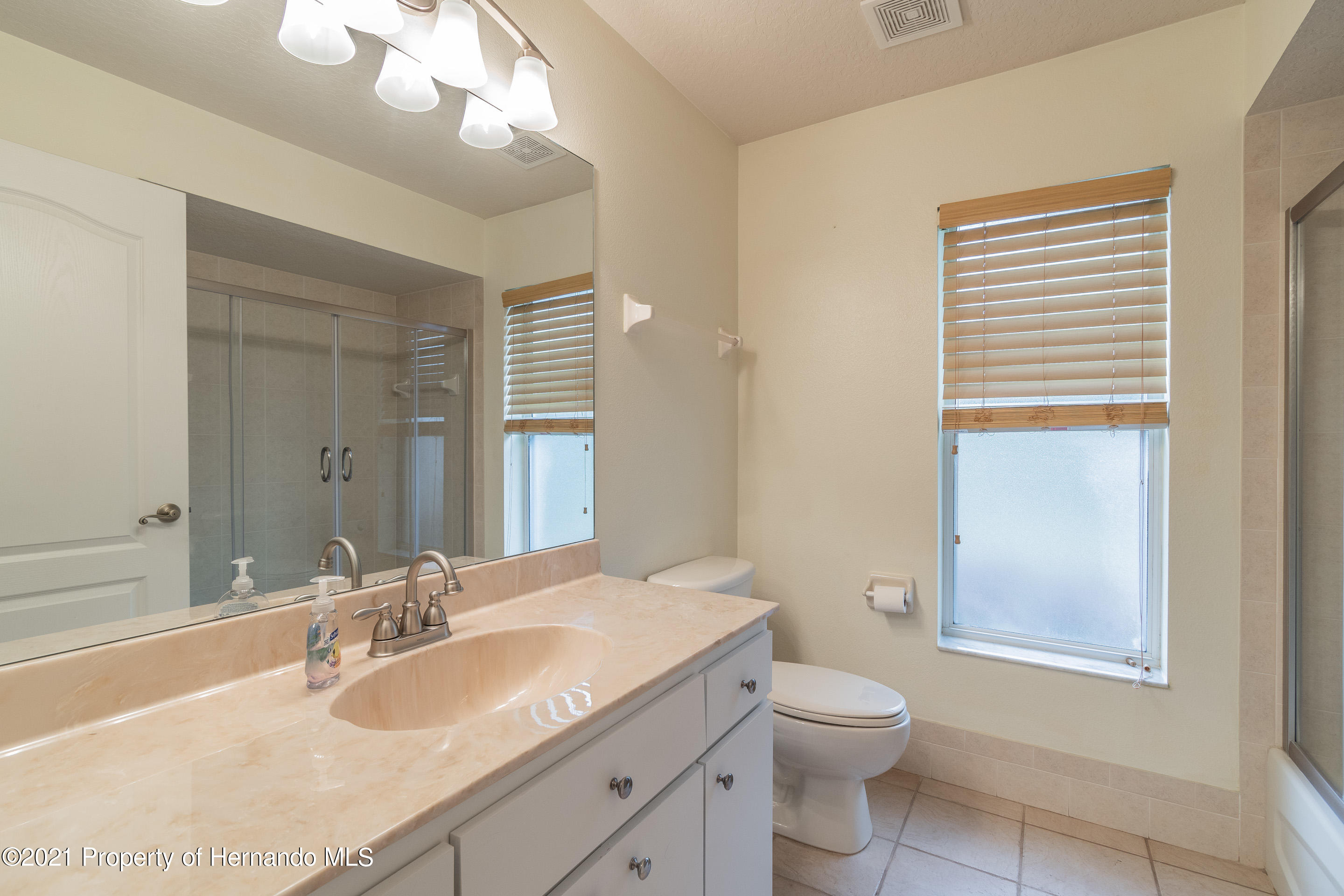 Listing photo id 22 for 23 Carnation Court