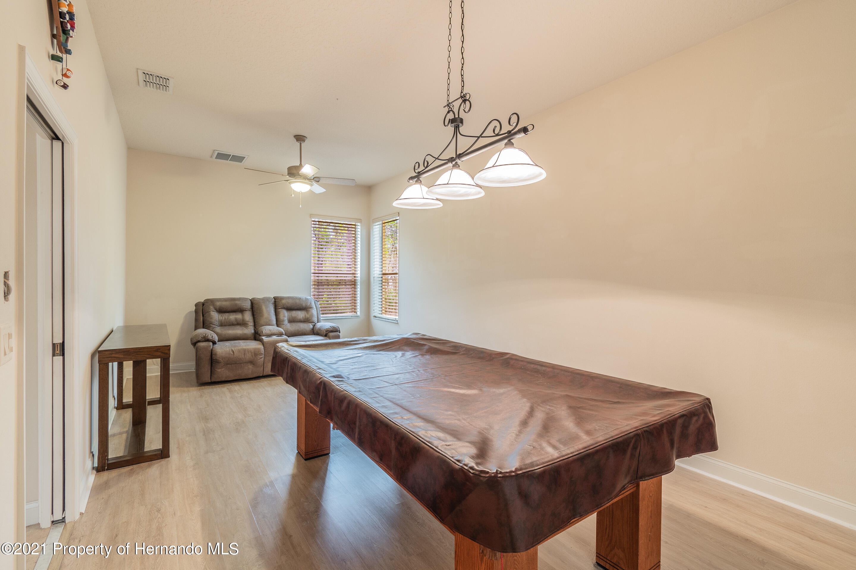 Listing photo id 24 for 23 Carnation Court