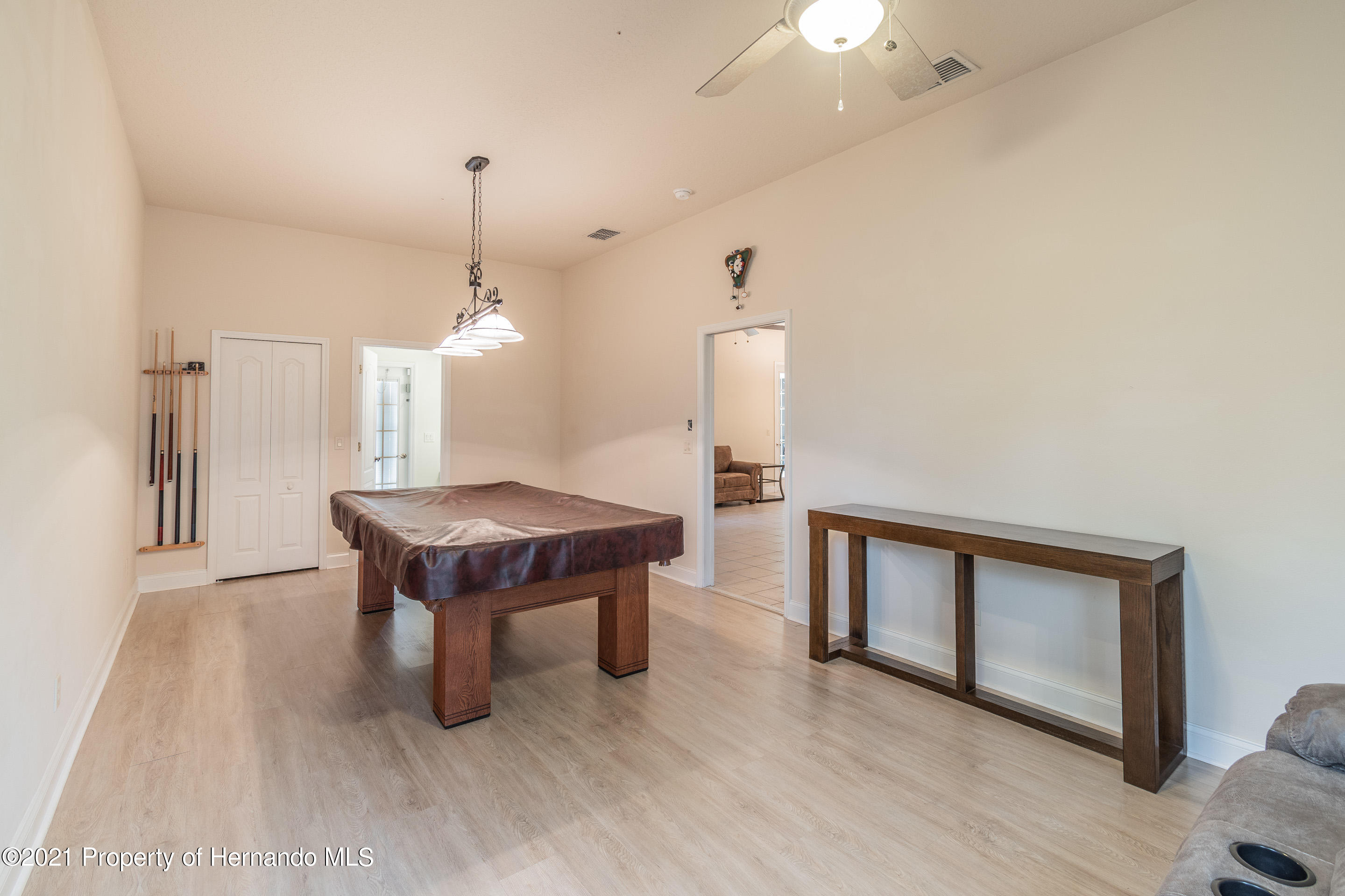 Listing photo id 25 for 23 Carnation Court