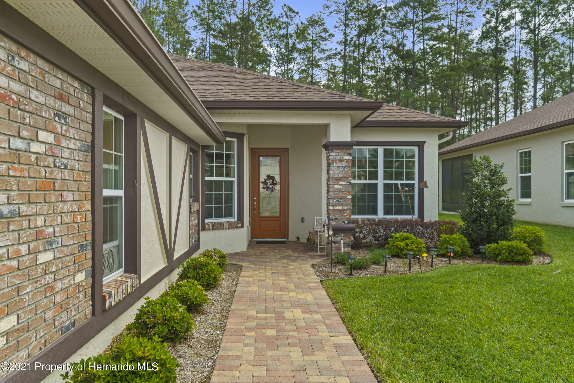 Listing photo id 4 for 9363 S Deer Park Dr Drive