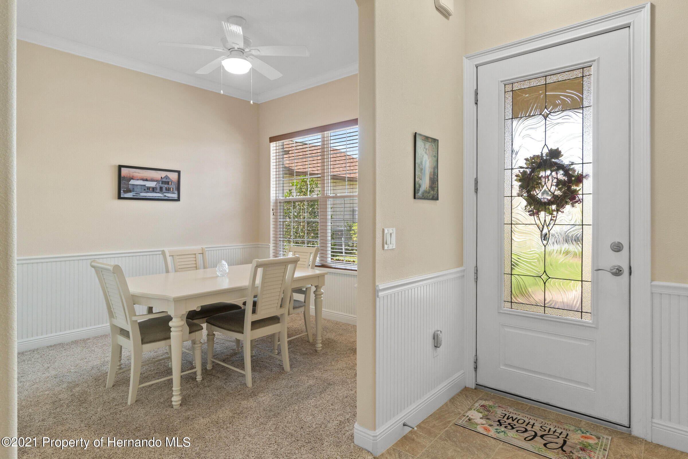 Listing photo id 7 for 9363 S Deer Park Dr Drive