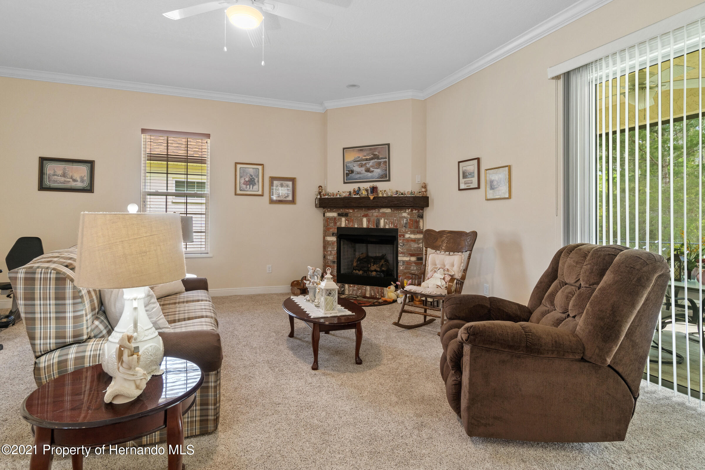Listing photo id 17 for 9363 S Deer Park Dr Drive