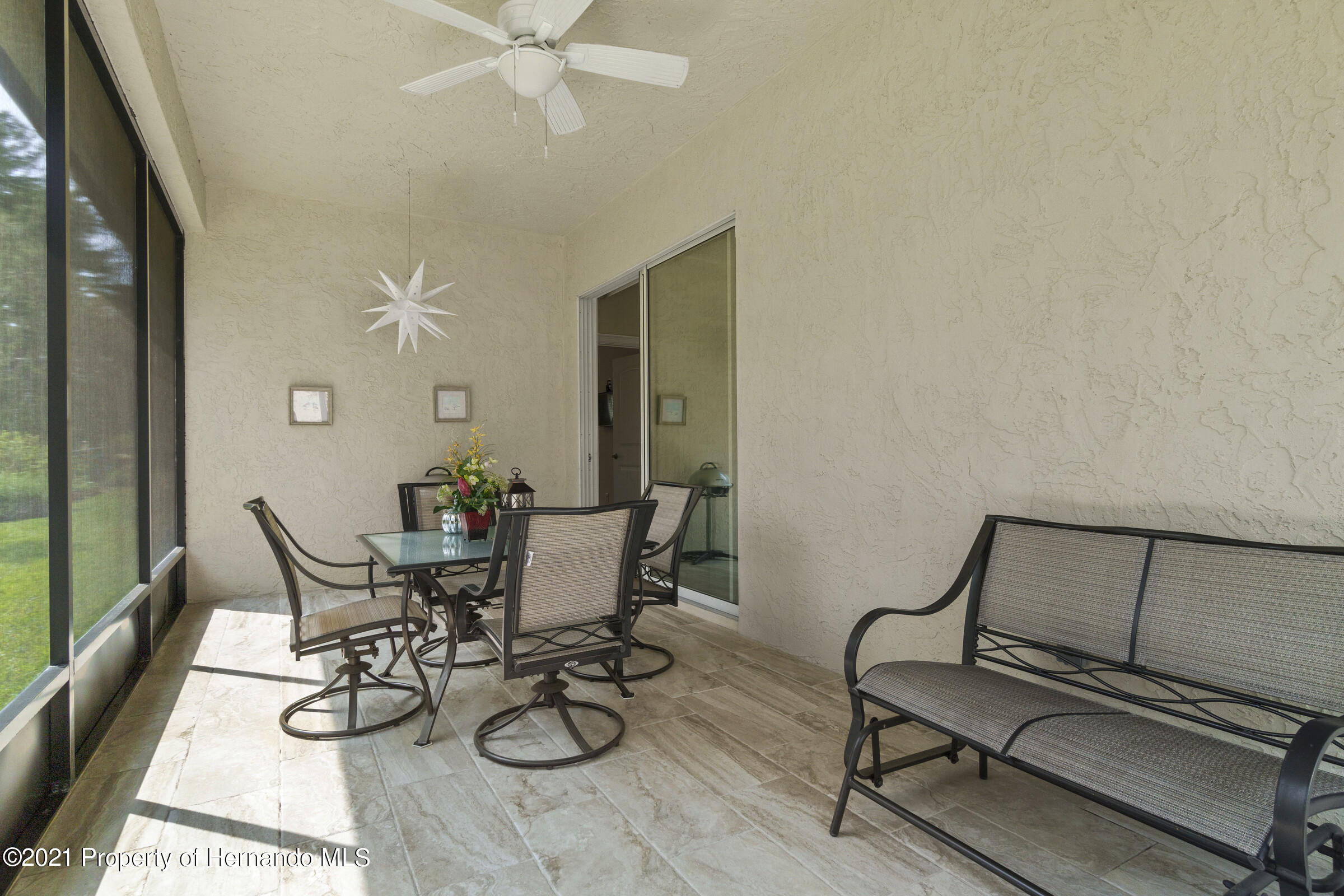 Listing photo id 31 for 9363 S Deer Park Dr Drive