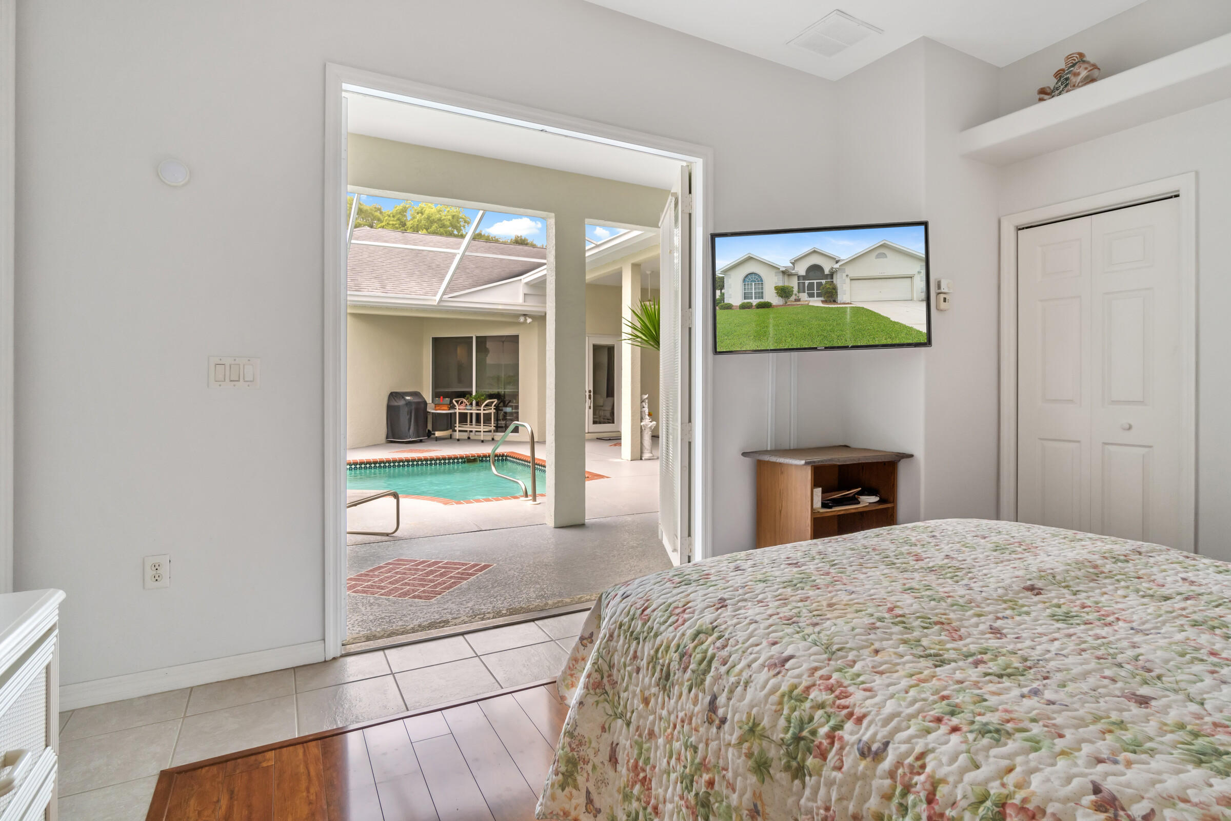 Listing photo id 20 for 4037 Breckland Court