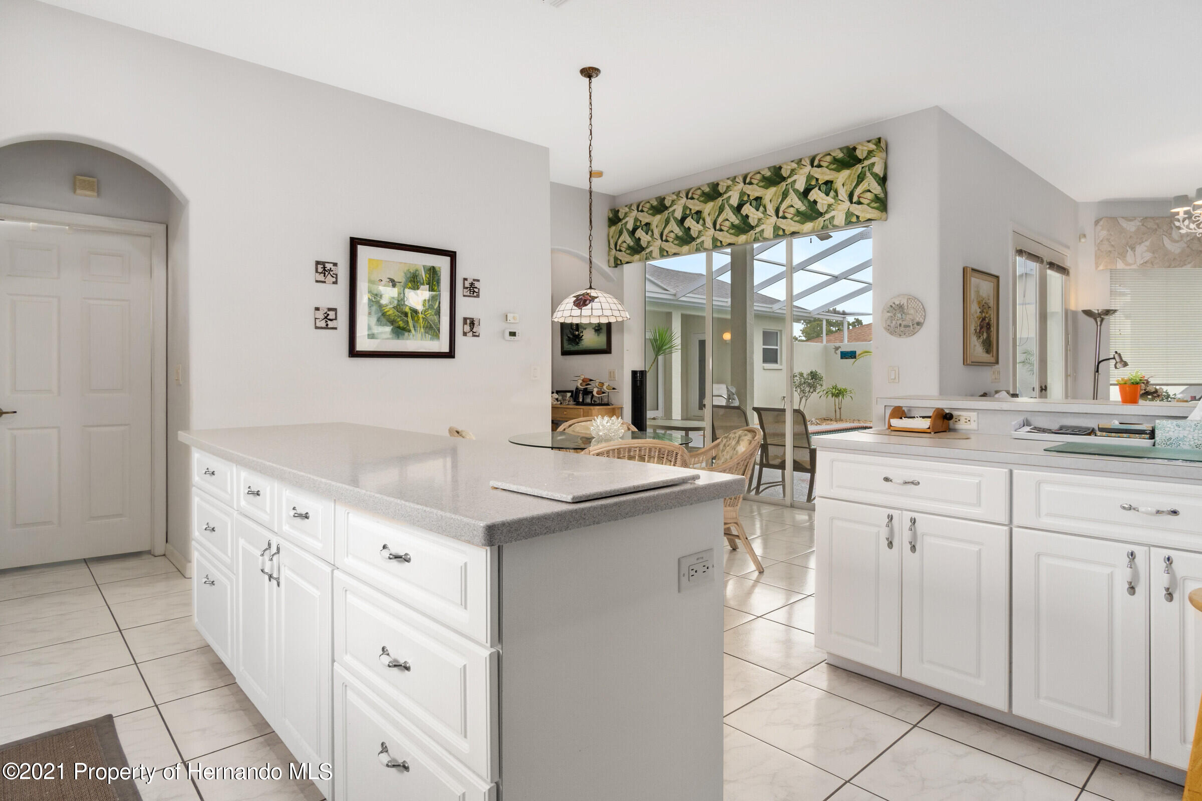 Listing photo id 29 for 4037 Breckland Court