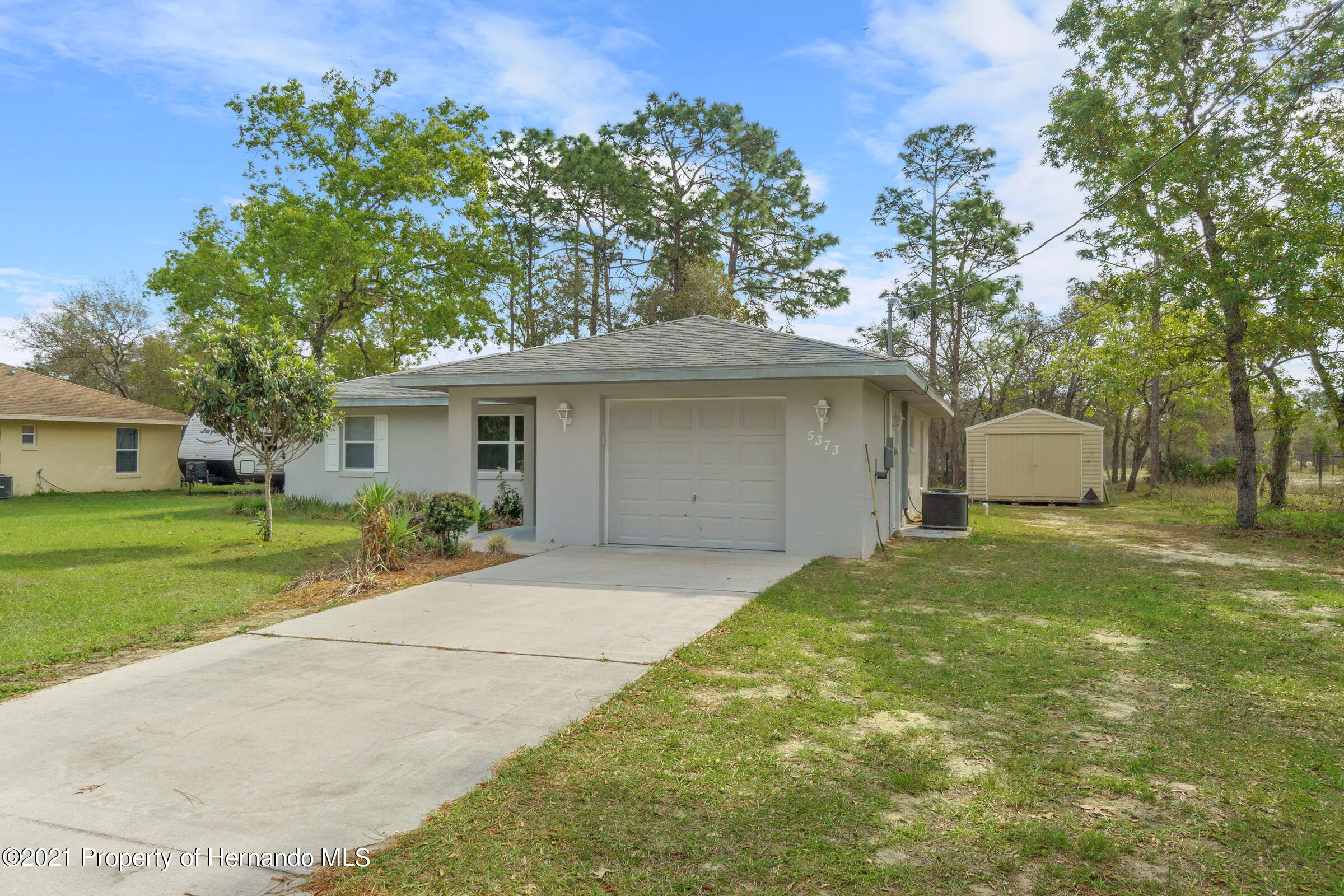 Listing photo id 24 for 5373 S Heloise Terrace